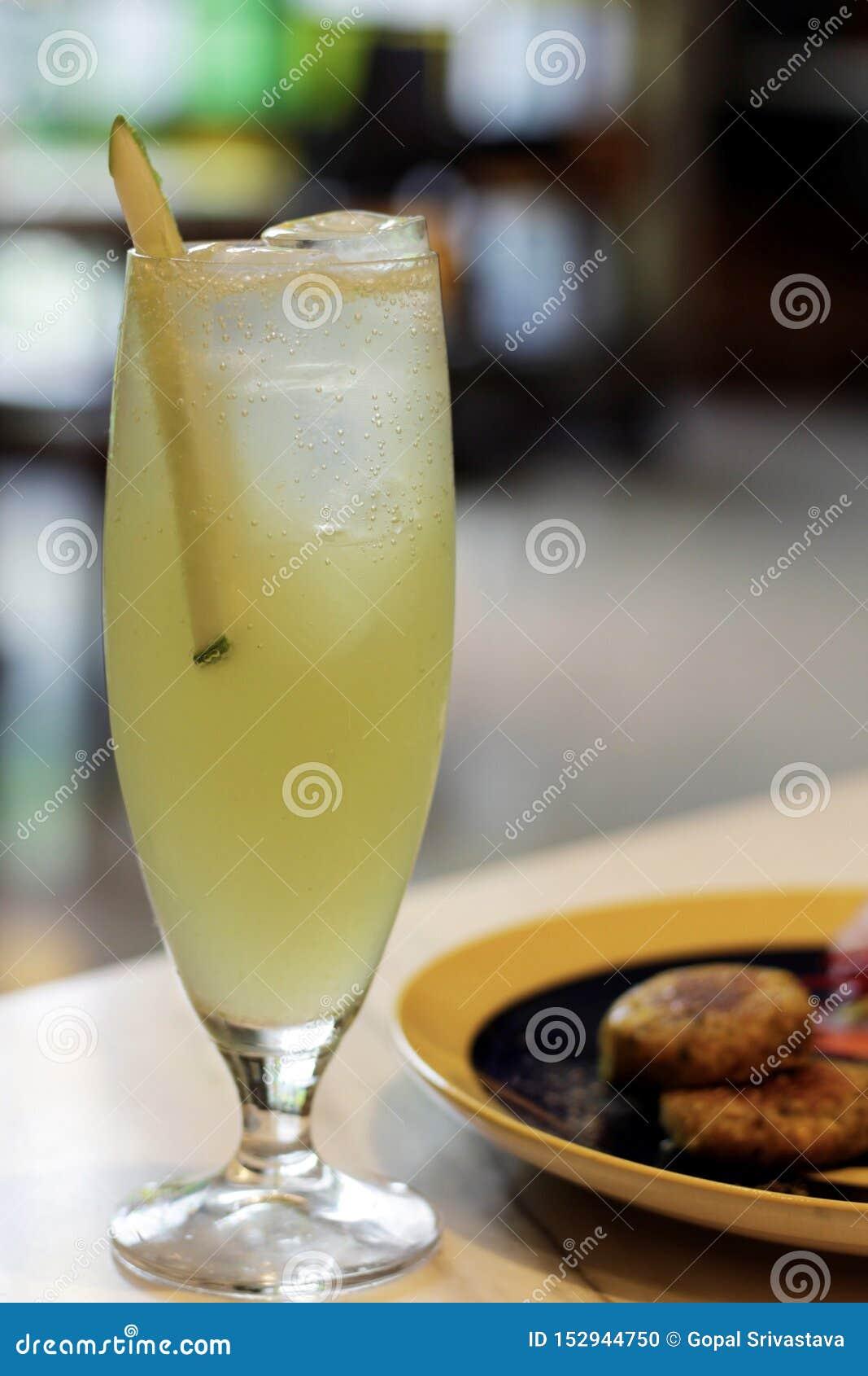 Лимонный сок служил в утре