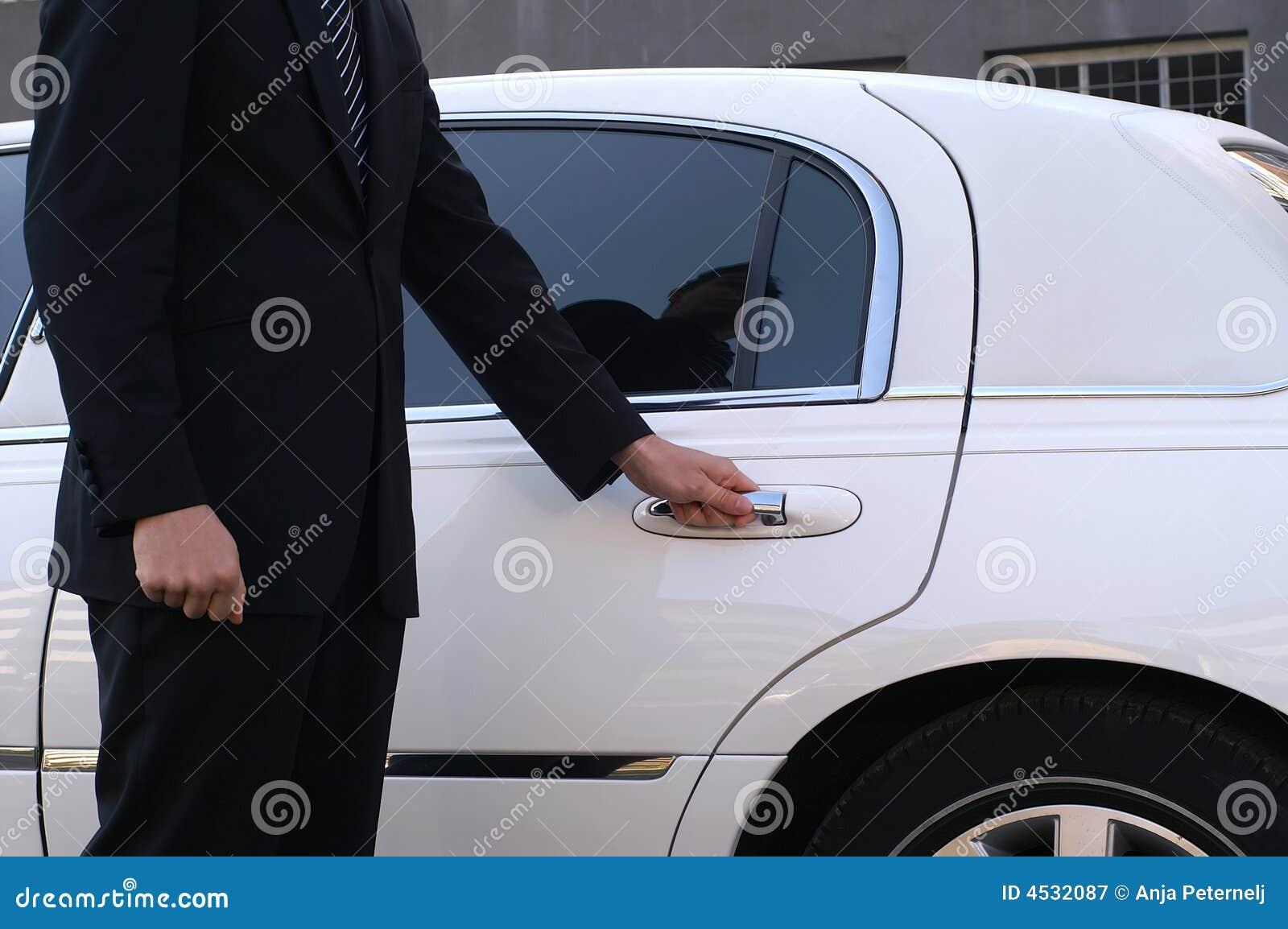 лимузин водителя