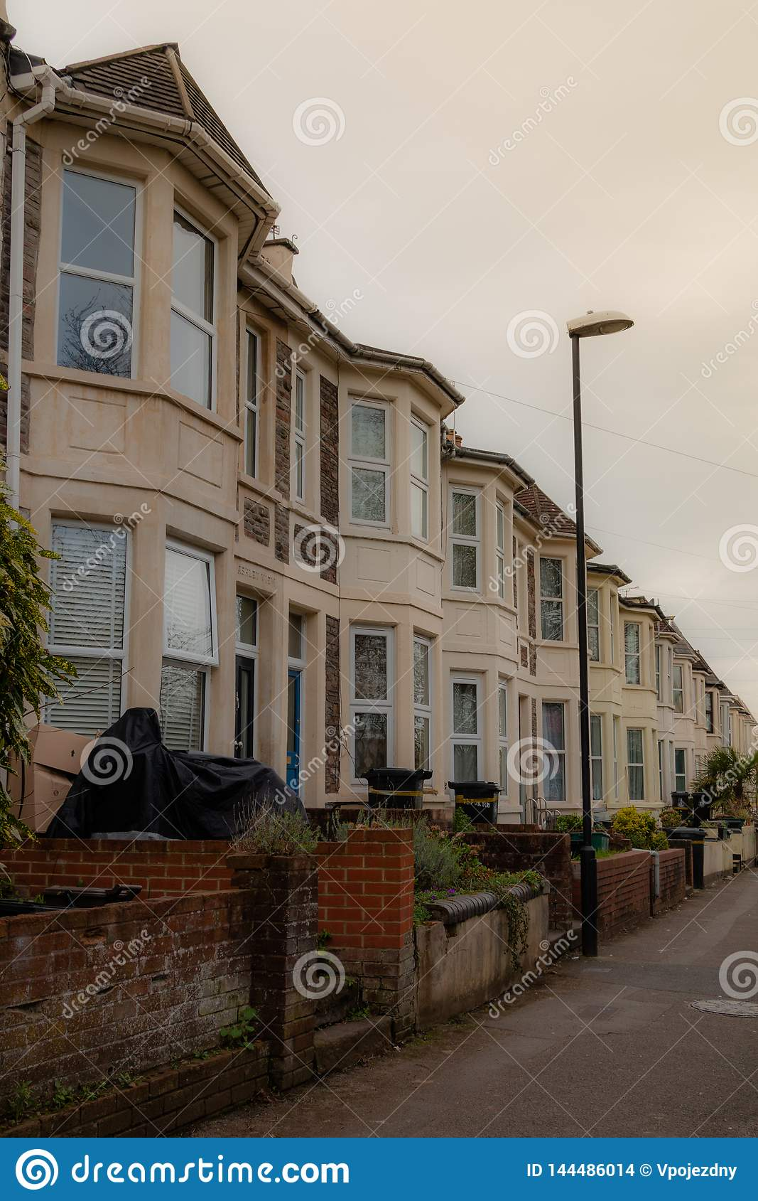 Линия домов в Бристоле