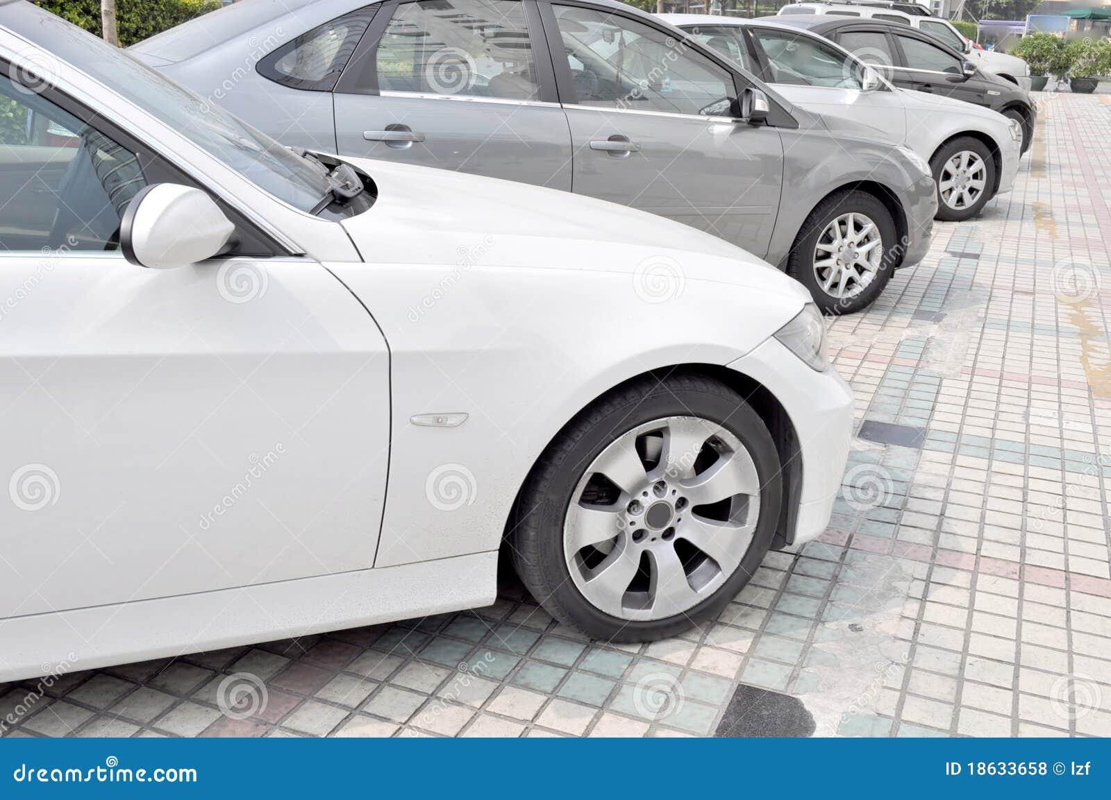 линия стоянка автомобилей автомобилей