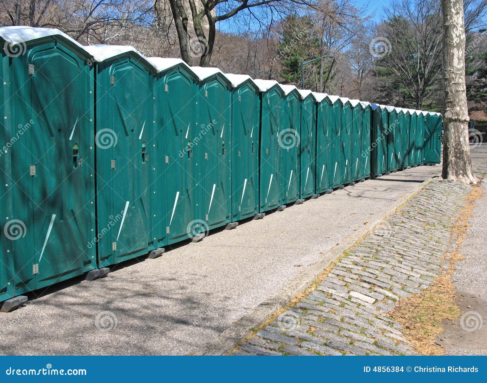 линия туалеты портативной машинки