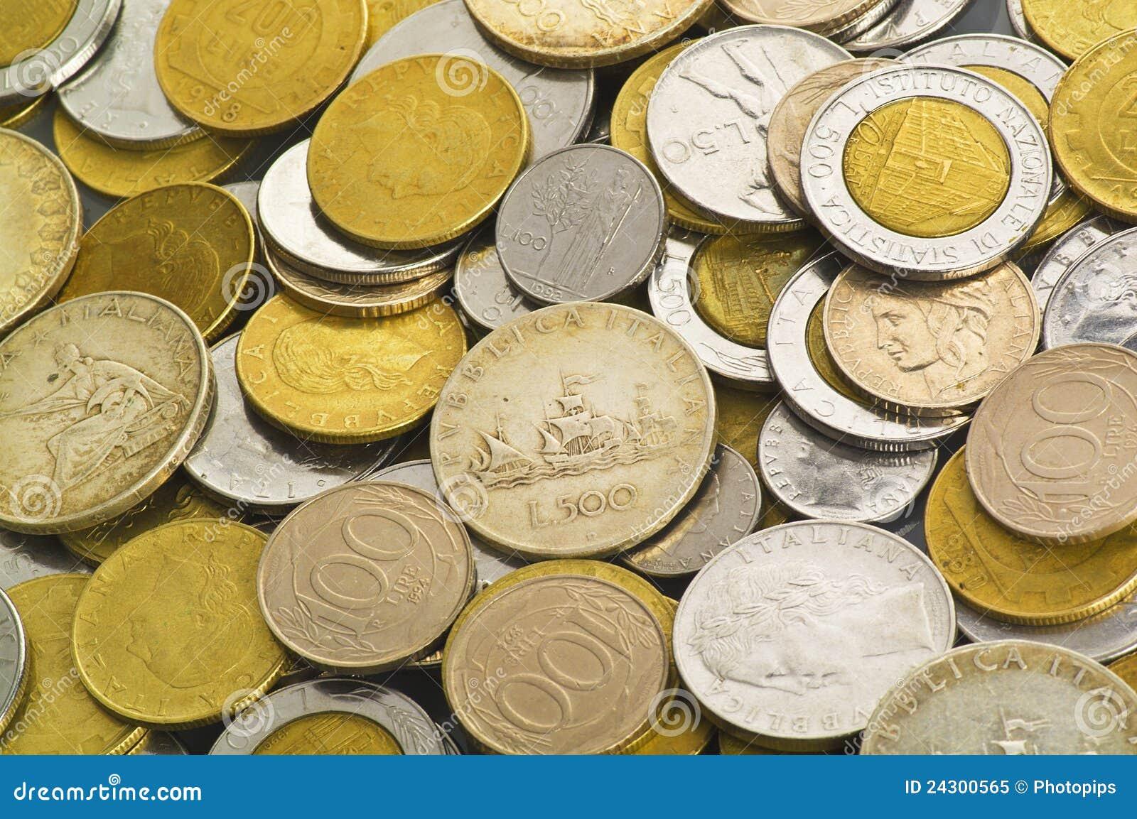 лира монетки итальянская