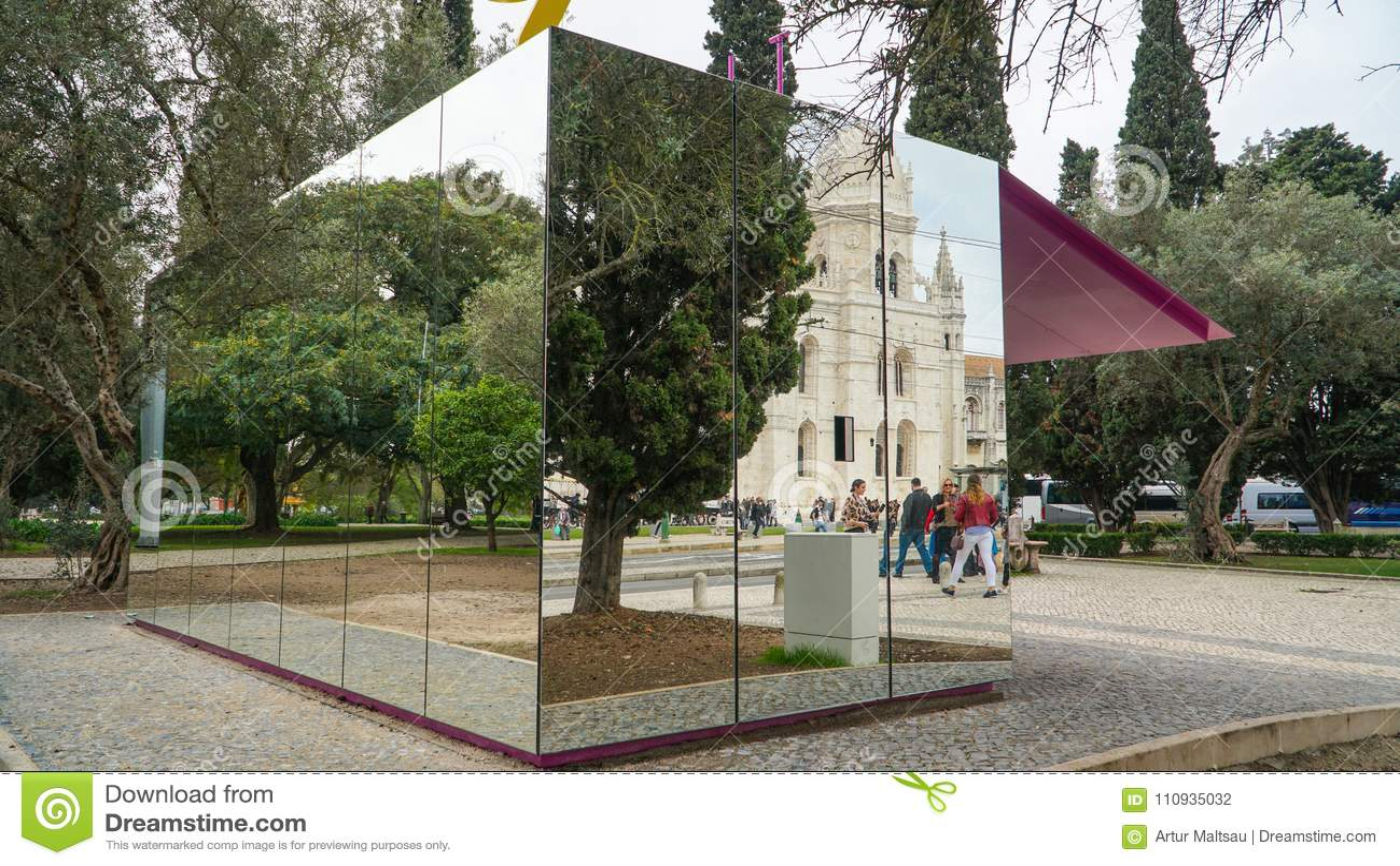 ЛИССАБОН, около 2017: Монастырь Jeronimos или монастырь Hieronymites, Лиссабон, Португалия Лиссабон континентальное ` s самый зап