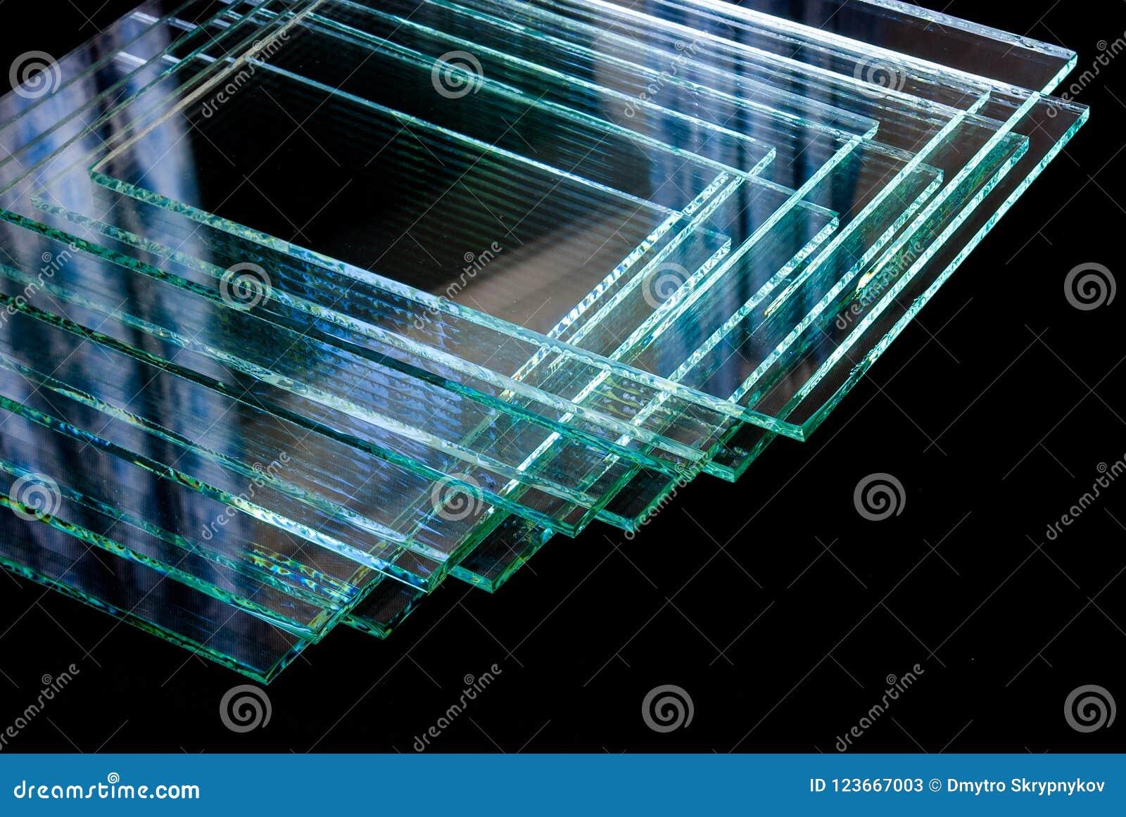 Листы производства фабрики закалили ясные отрезанные по заданному размеру панели стекла поплавка