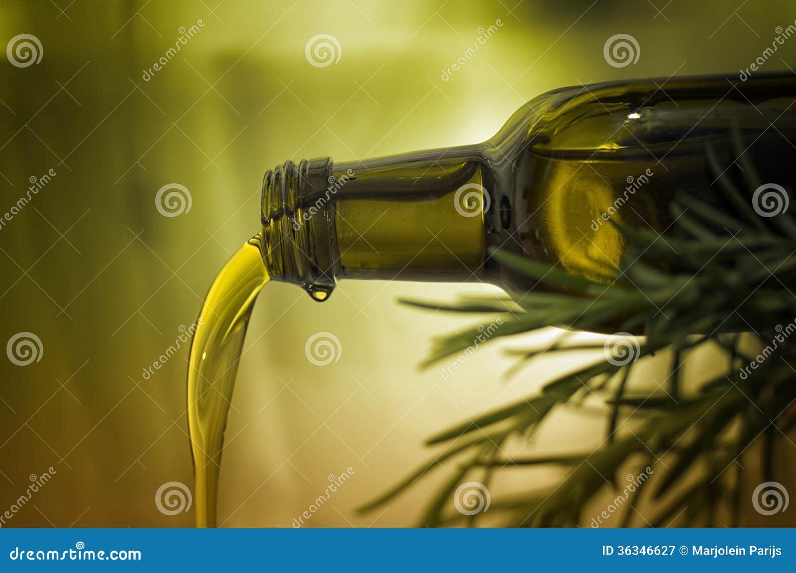 Лить оливкового масла