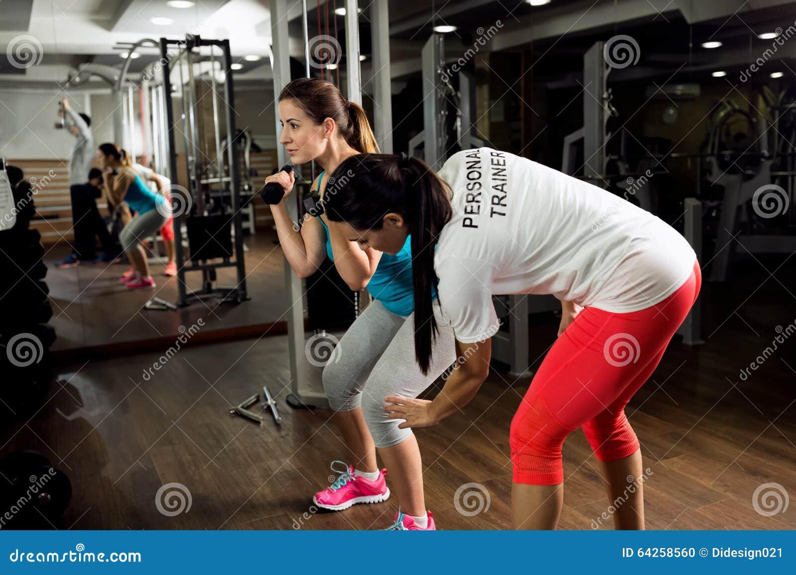 Личные тренировка и выставки тренера как к тренировке разминки