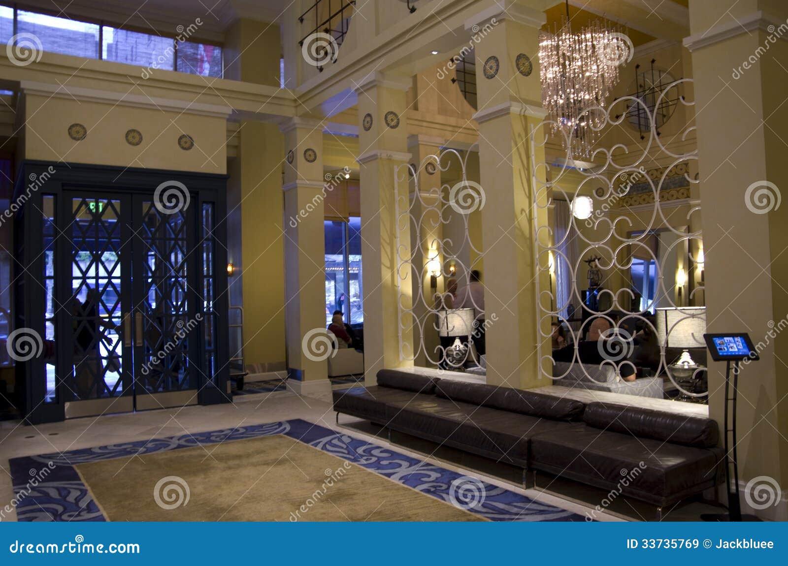 Лобби гостиницы Монако Сиэтл