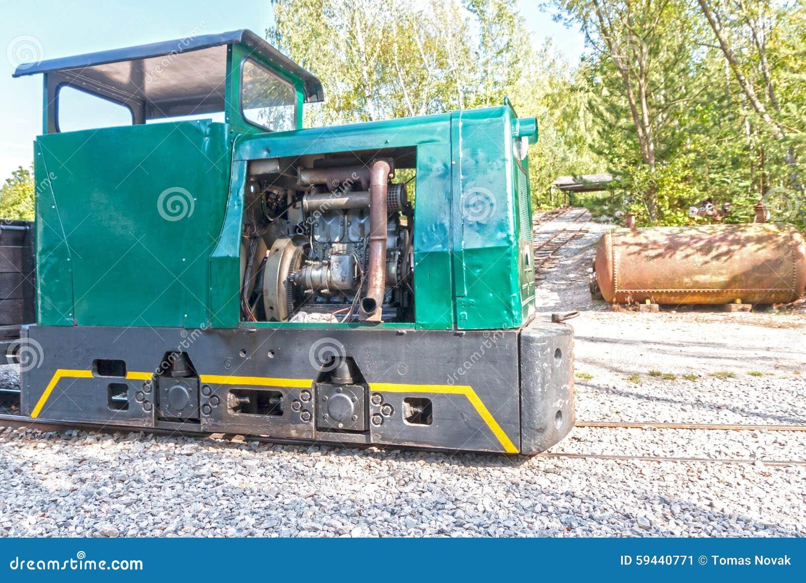 Локомотив поезда шахты
