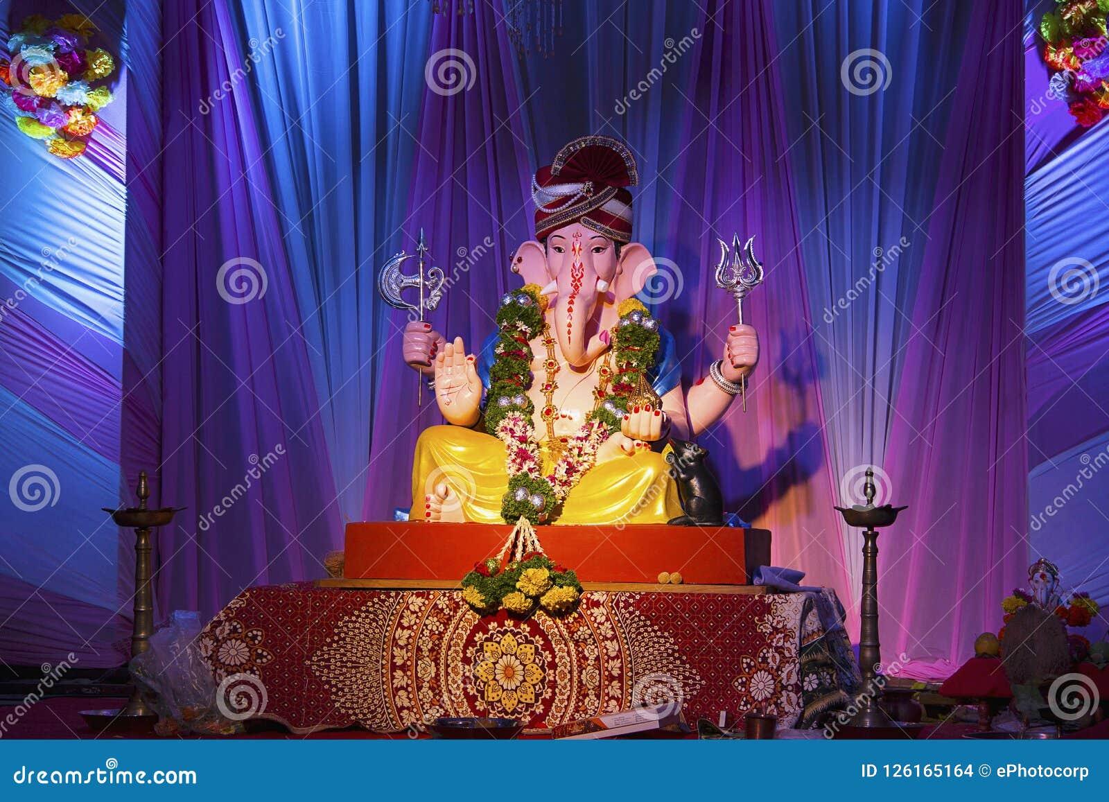 Лорд Ganesha, фестиваль Ganesh, Пуна, Индия
