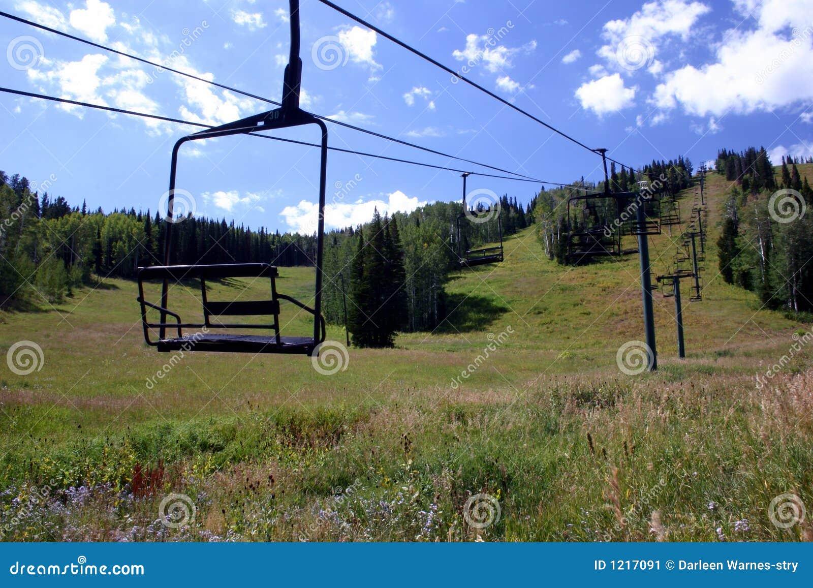 лыжа подъема стула