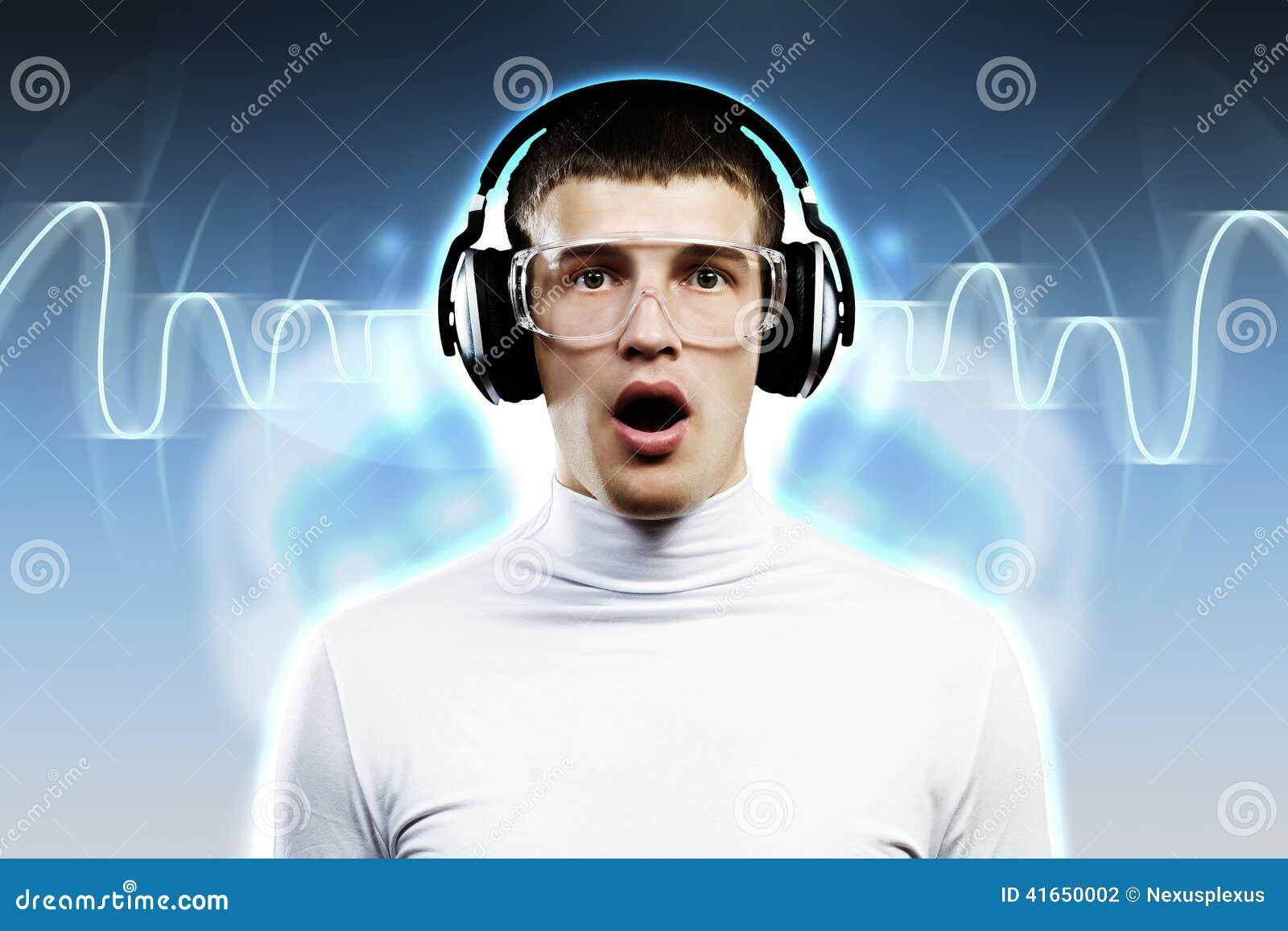 Любитель музыки
