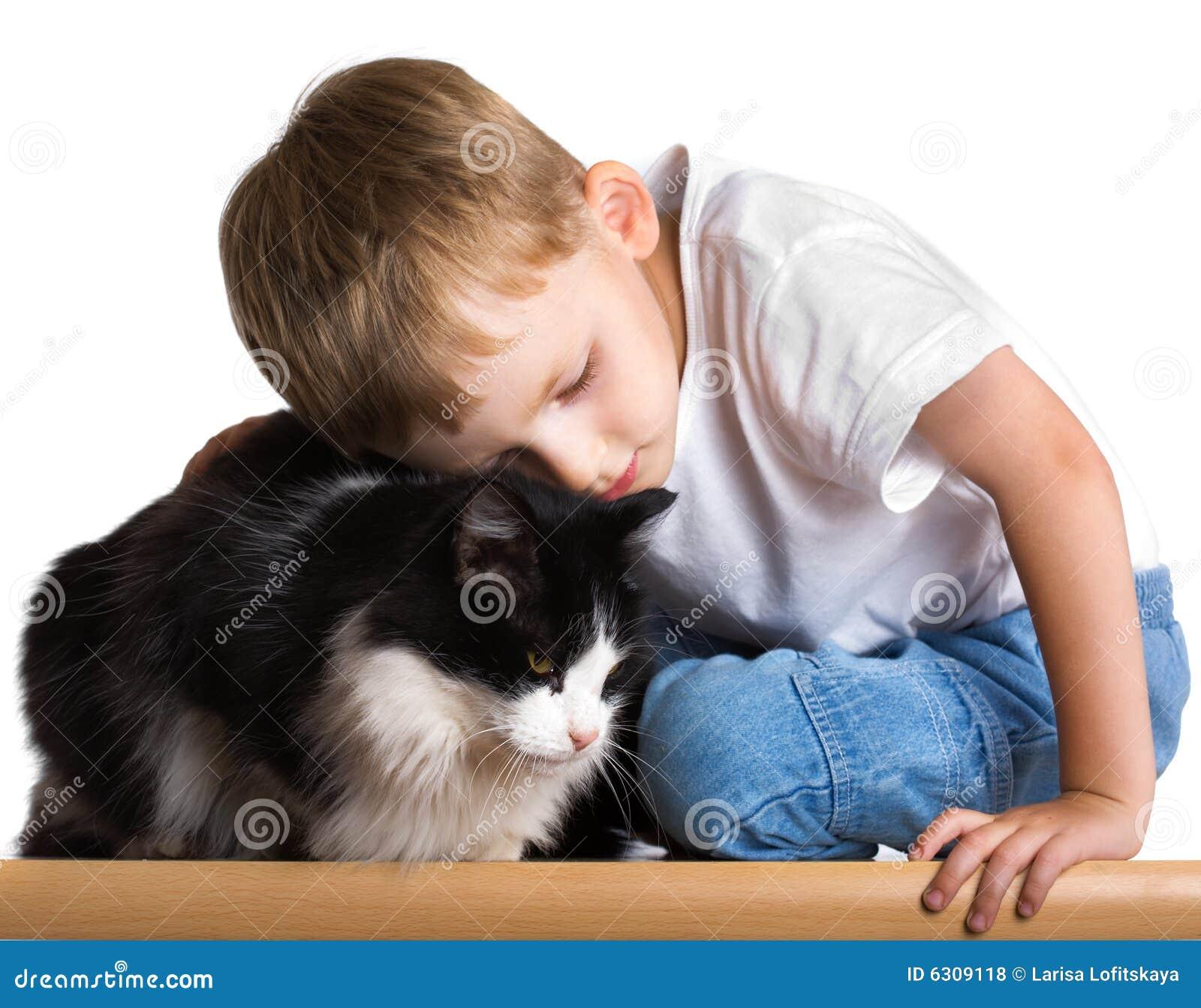 Люблю кота как ребенка