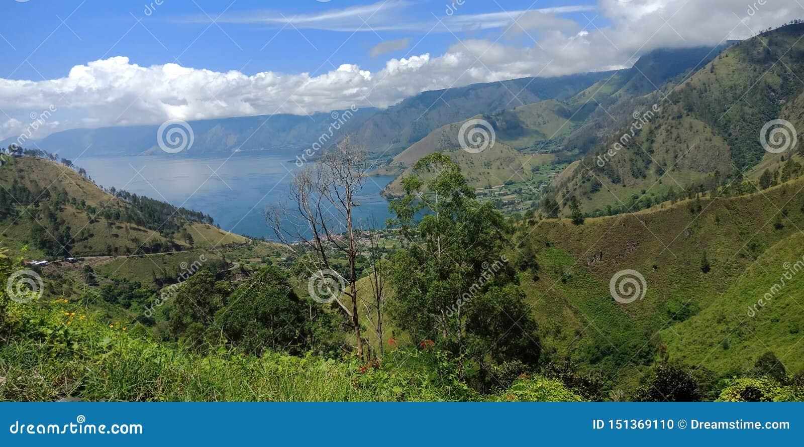 Любовь гора и озеро