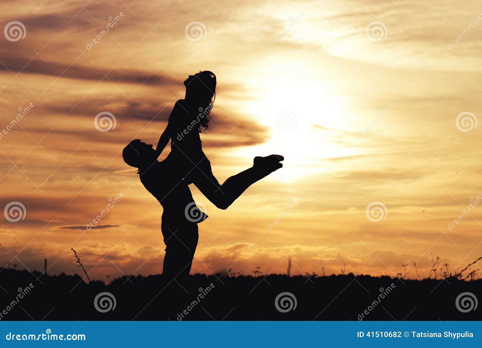 Скачать красивые фото парни с девушками