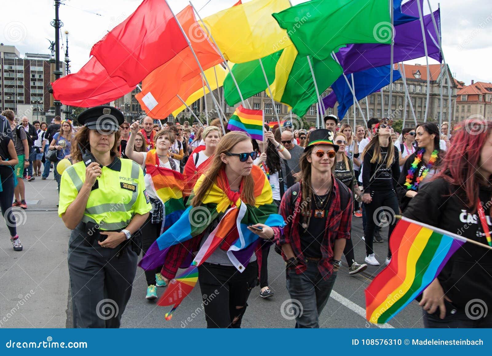 Гомосексуалисты в праге