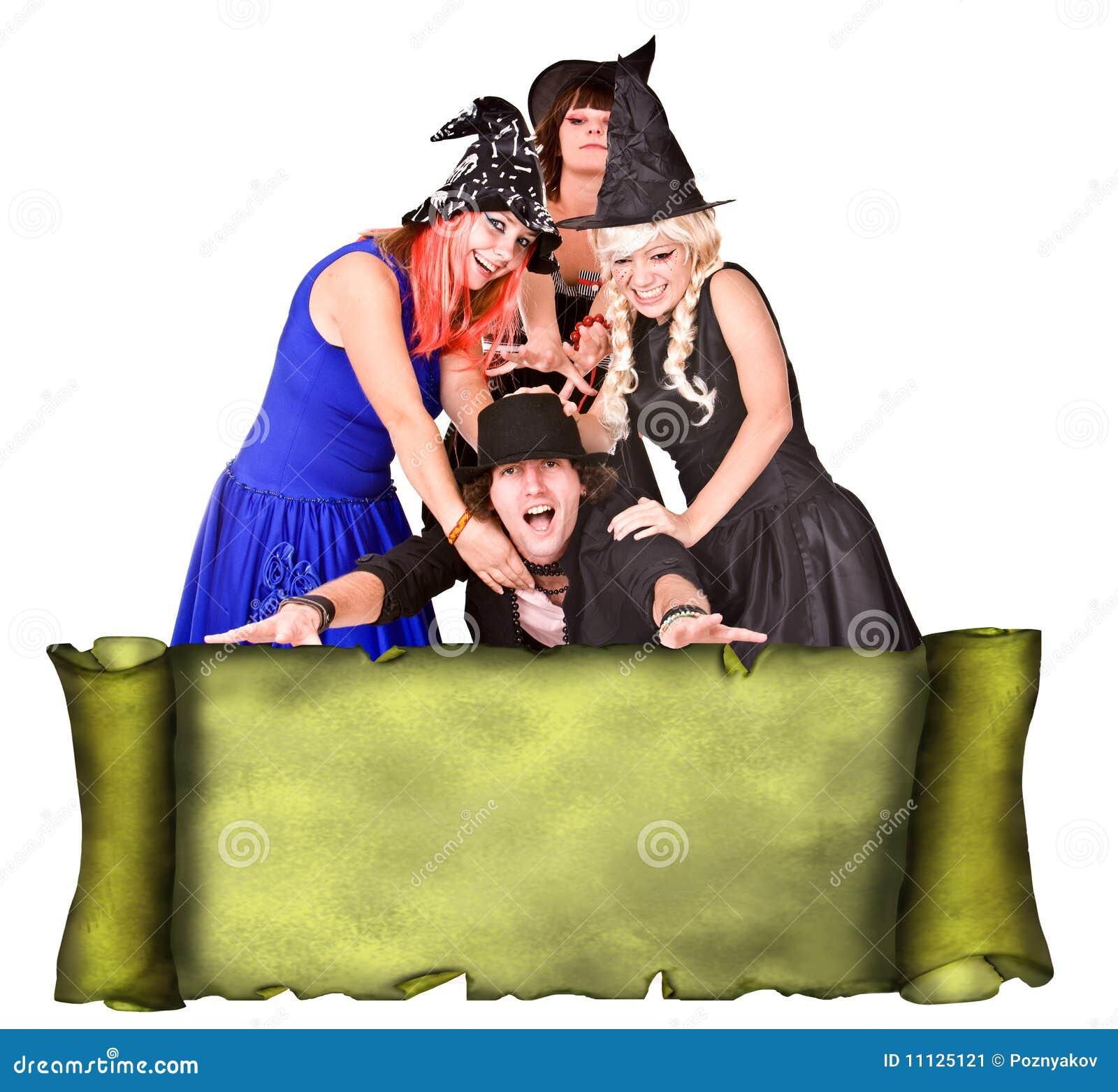люди grunge группы costume знамени перечисляют ведьму