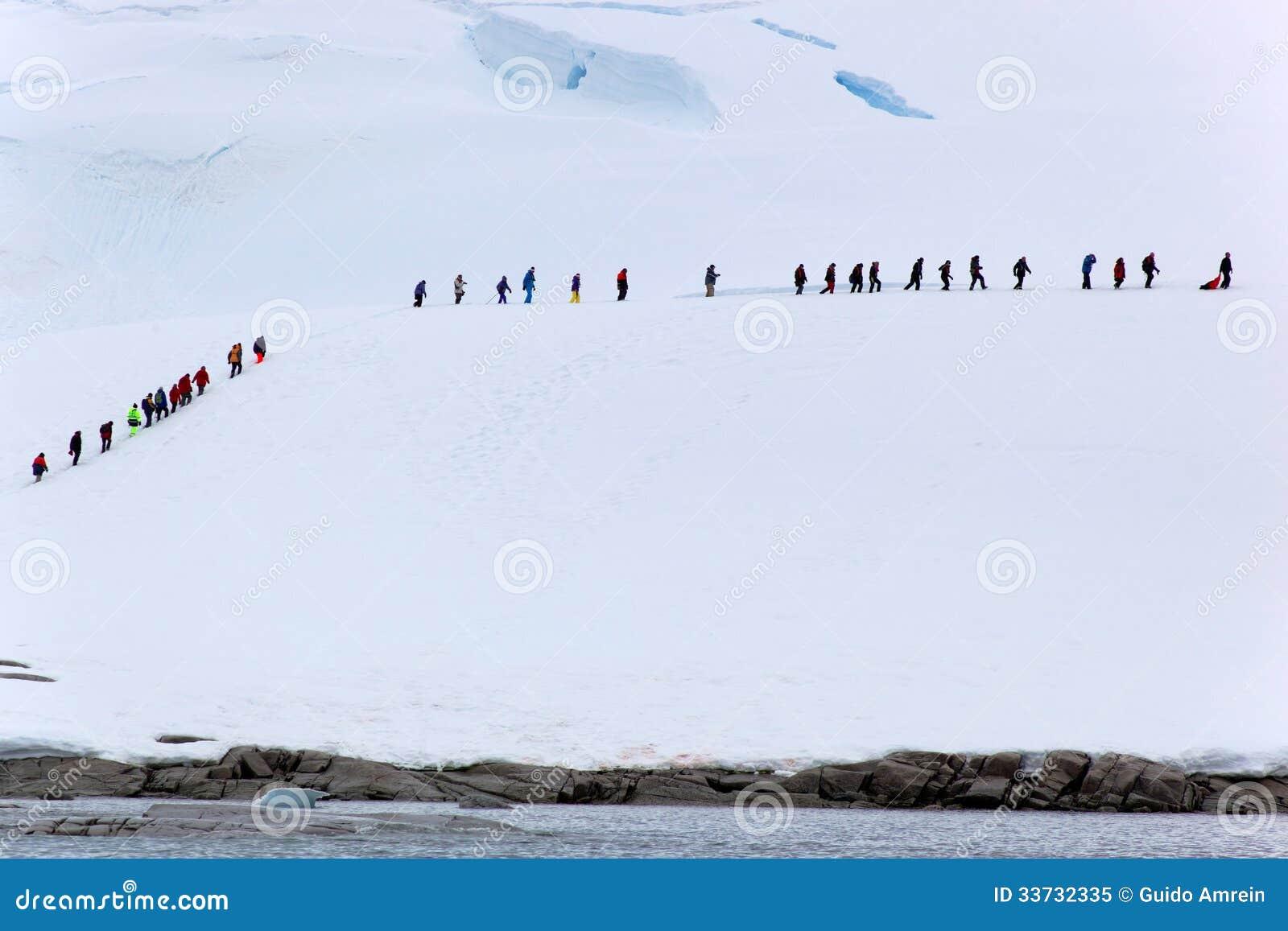 Люди на льде