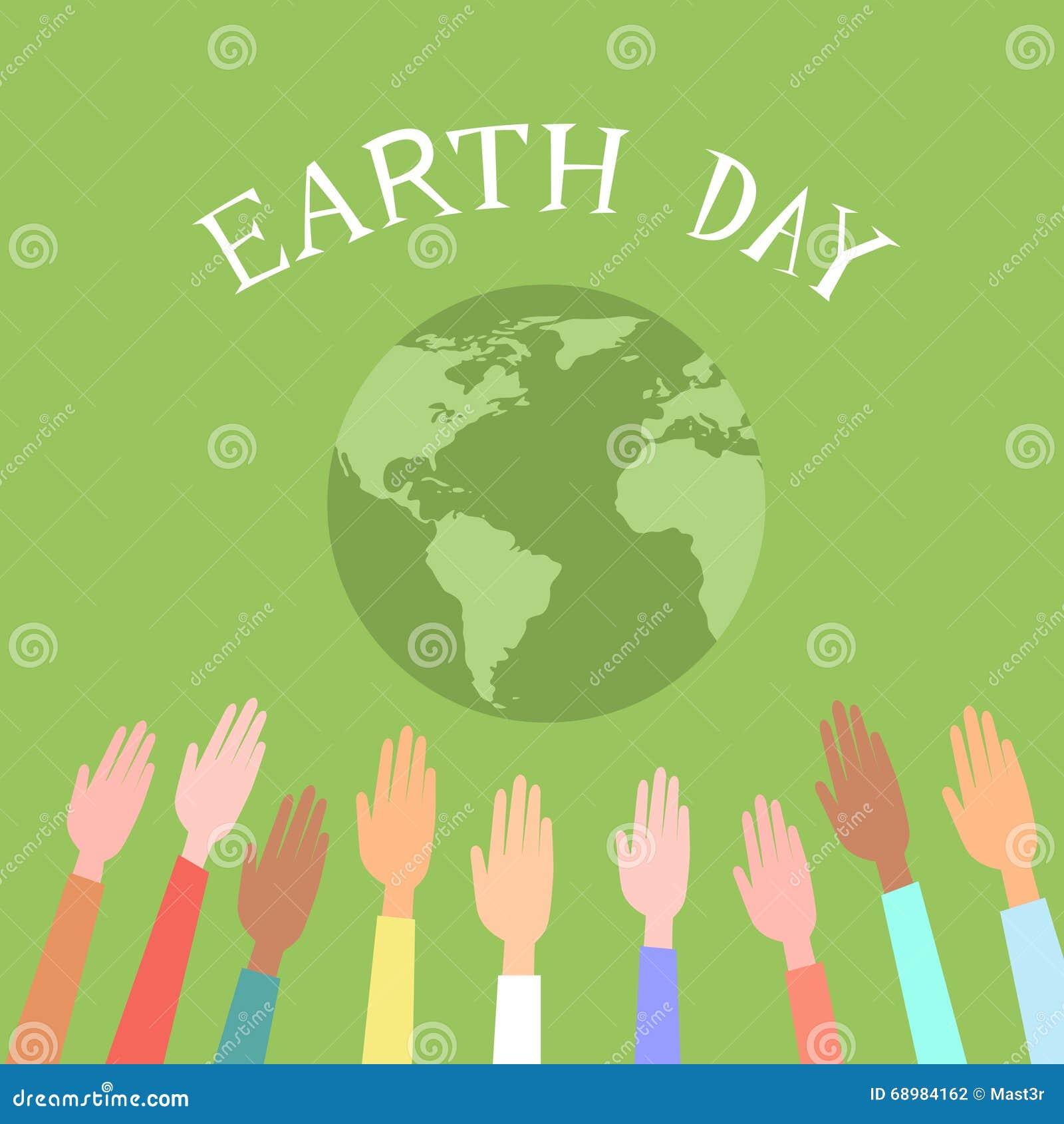 Люди поднятые вверх по глобусу зеленого цвета дня земли мира рук