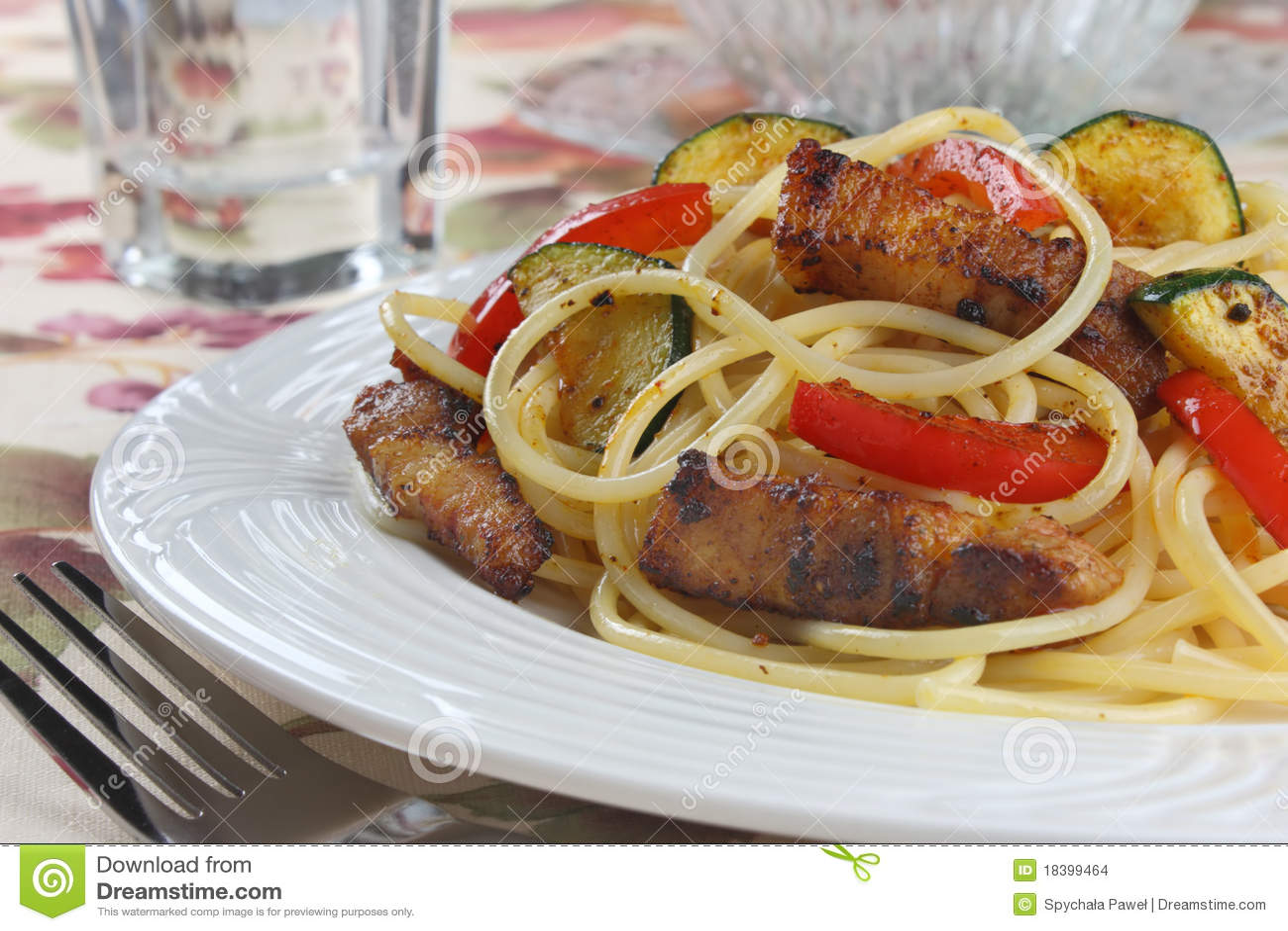 макаронные изделия мяса