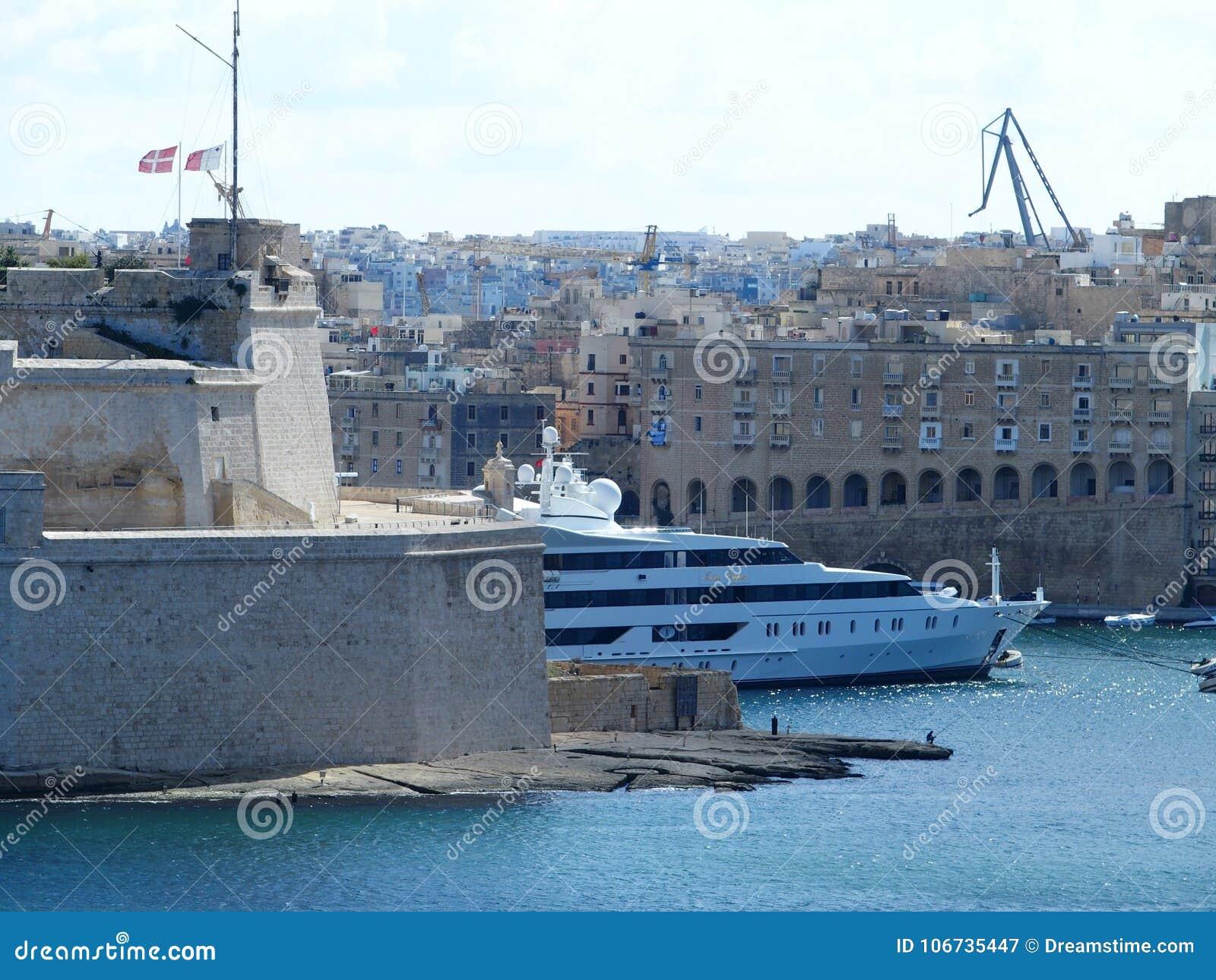 Мальта, Валлетта, яхта