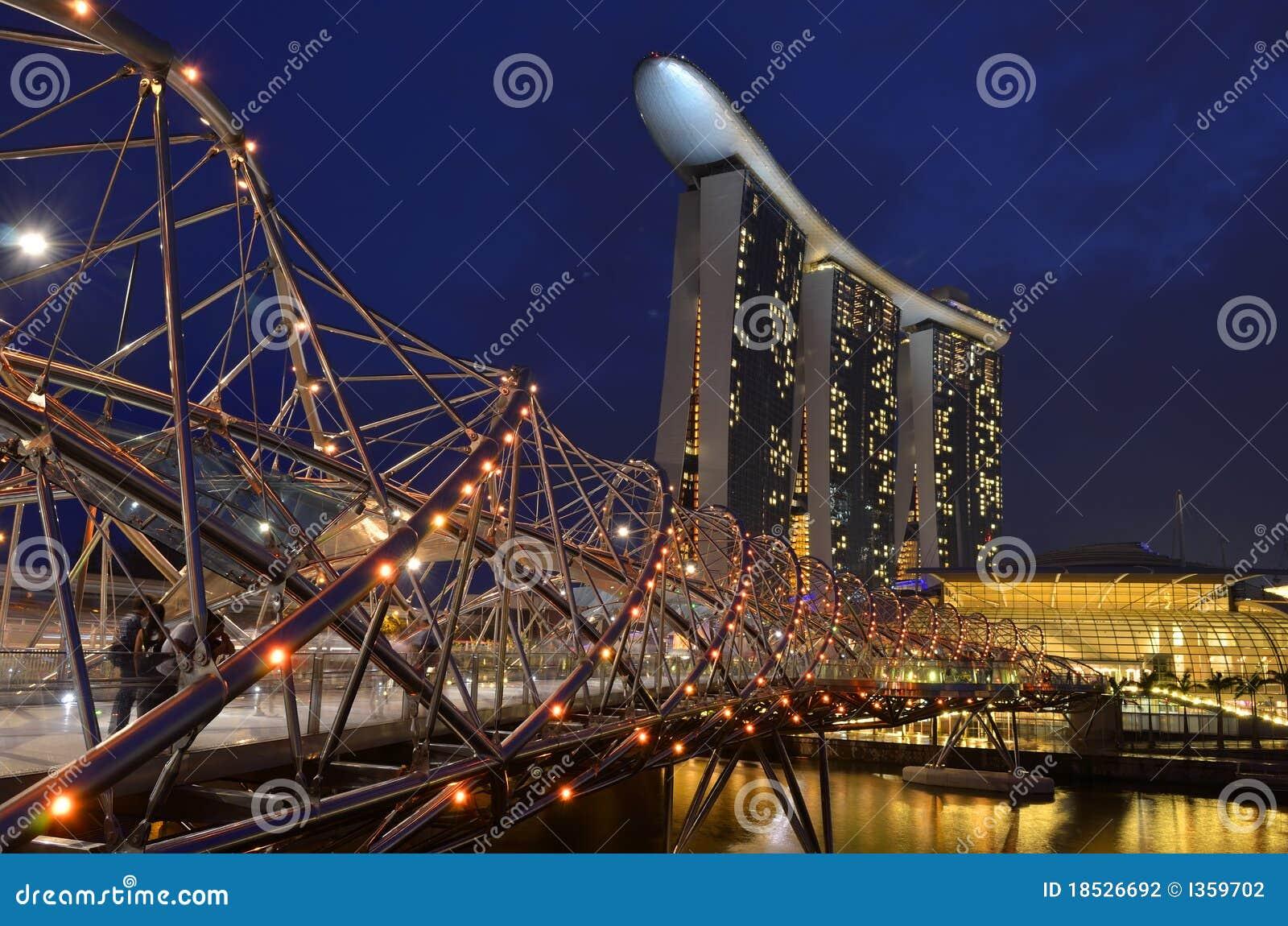 Марина singapore залива