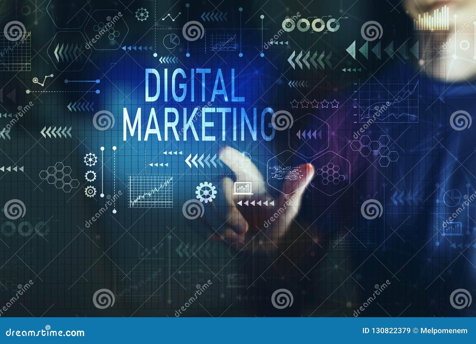 Маркетинг цифров с молодым человеком