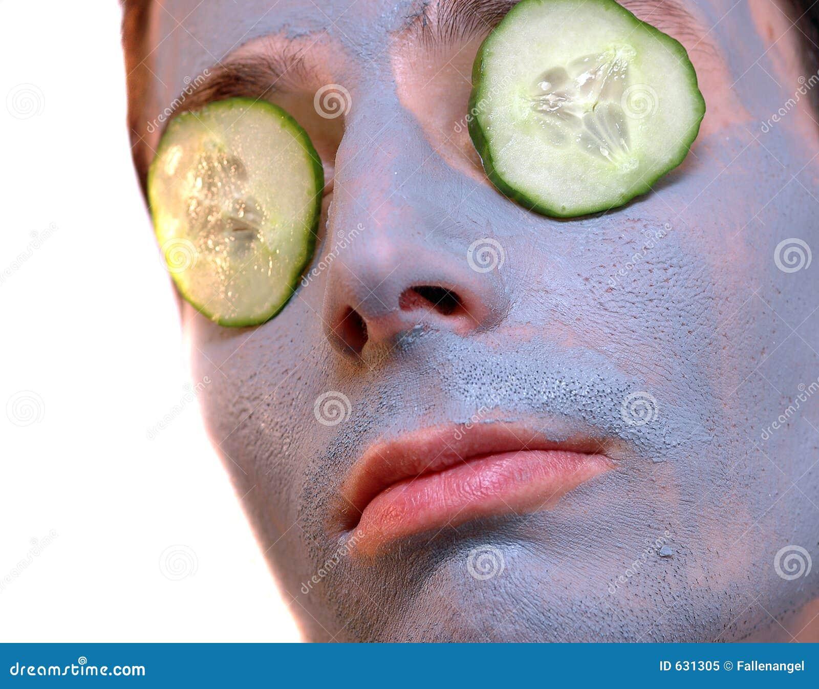 Download маска серого цвета огурца стоковое изображение. изображение насчитывающей человек - 631305