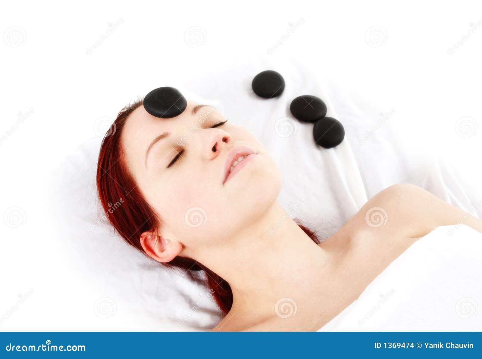 массаж hotstone