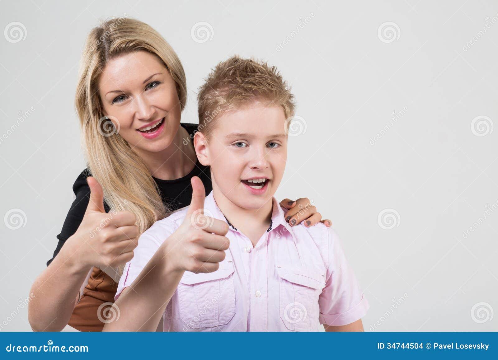 мать и сын большие