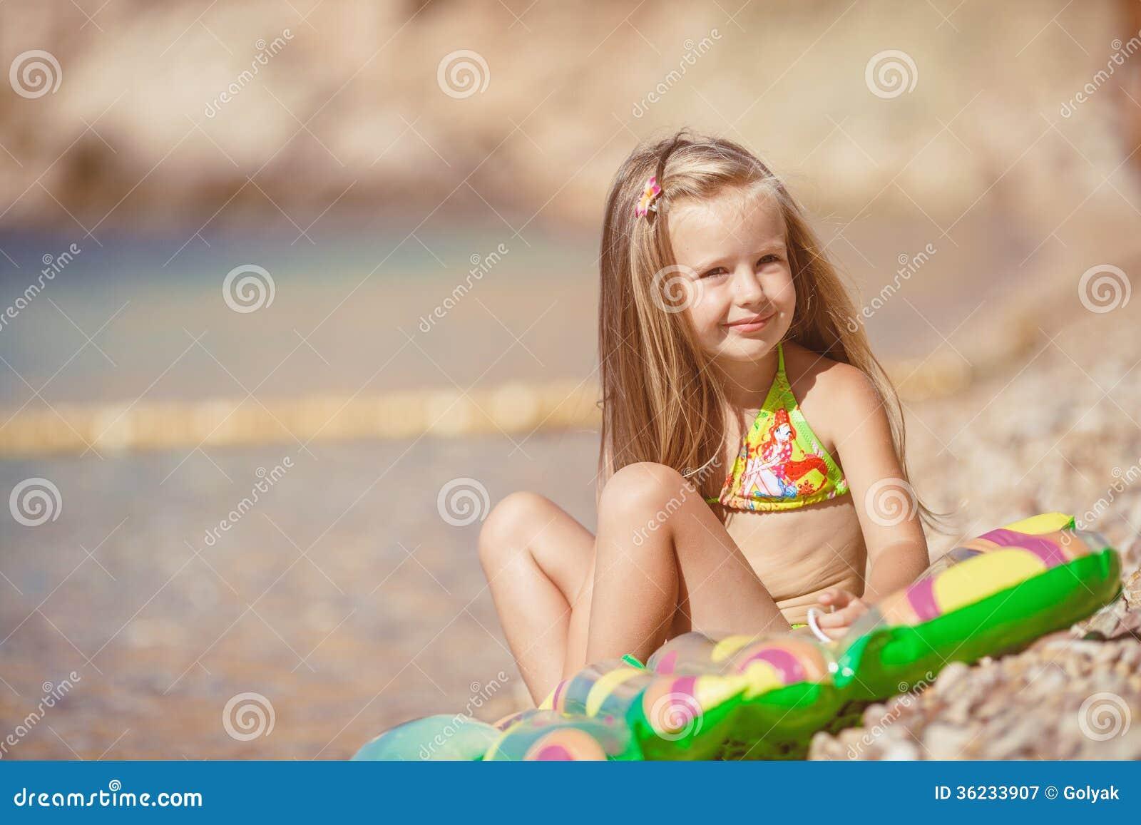 Фото маленькi пiськи, Фото молоденькой писи крупно Голые красотки 20 фотография