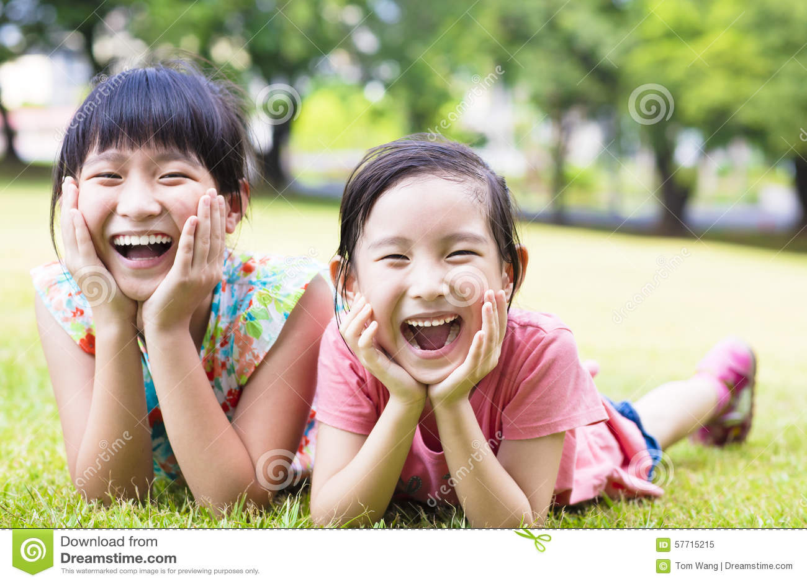 Девочки рачком фото крупный план фото 52-509
