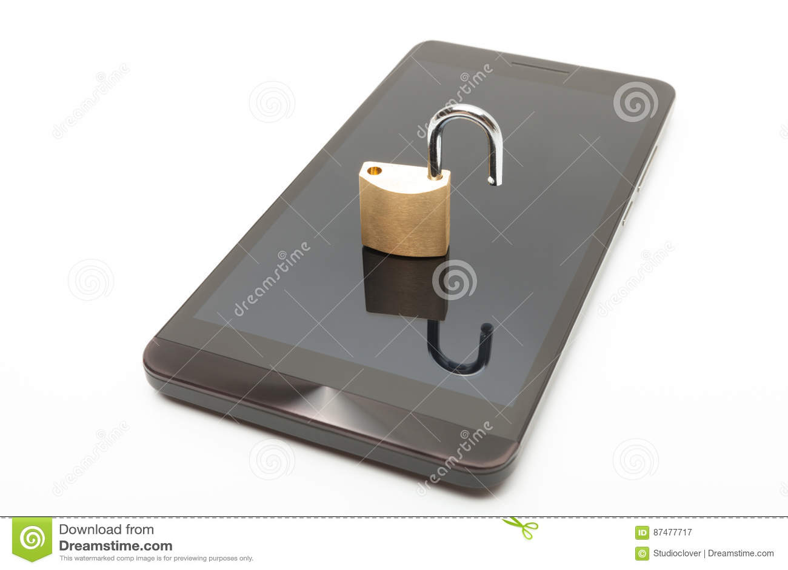 Малый замок в открытом положении над smartphone Безопасность мобильного телефона и концепция защиты данных