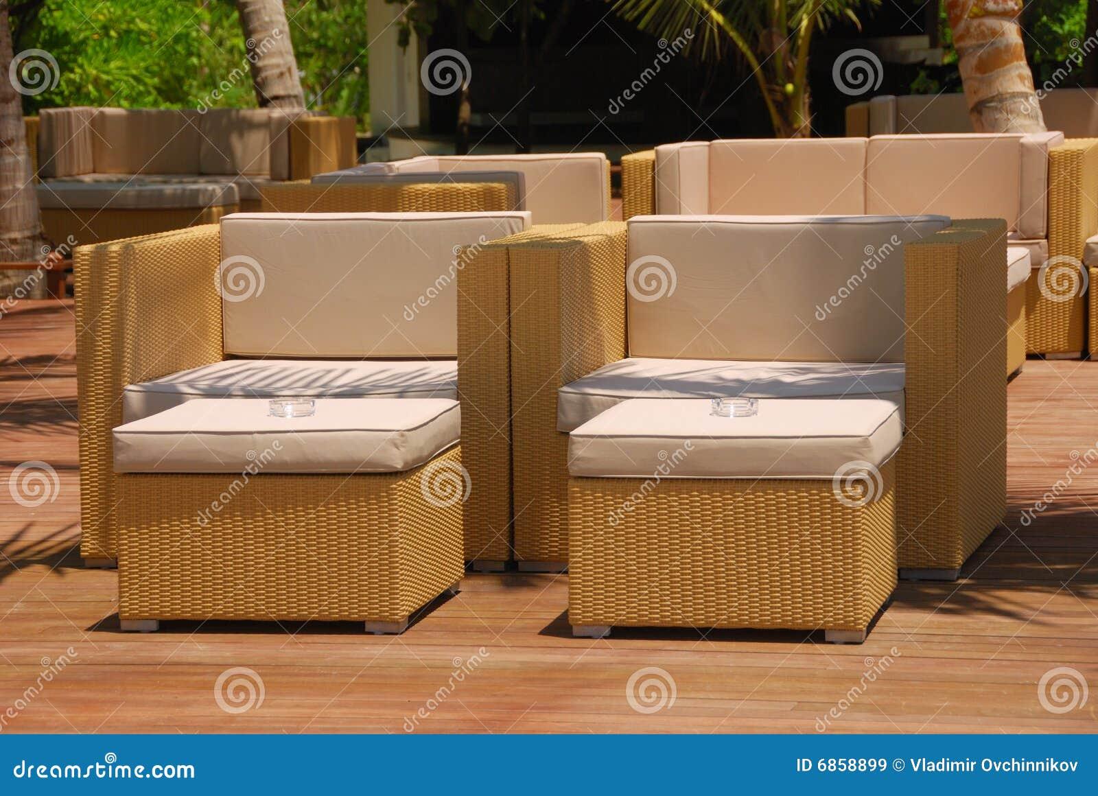 мебель напольная