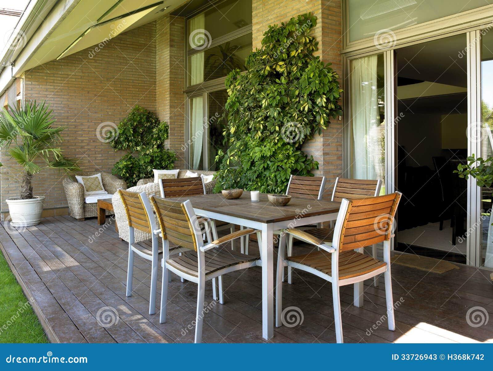 Мебель домашнего хозяйства внешняя