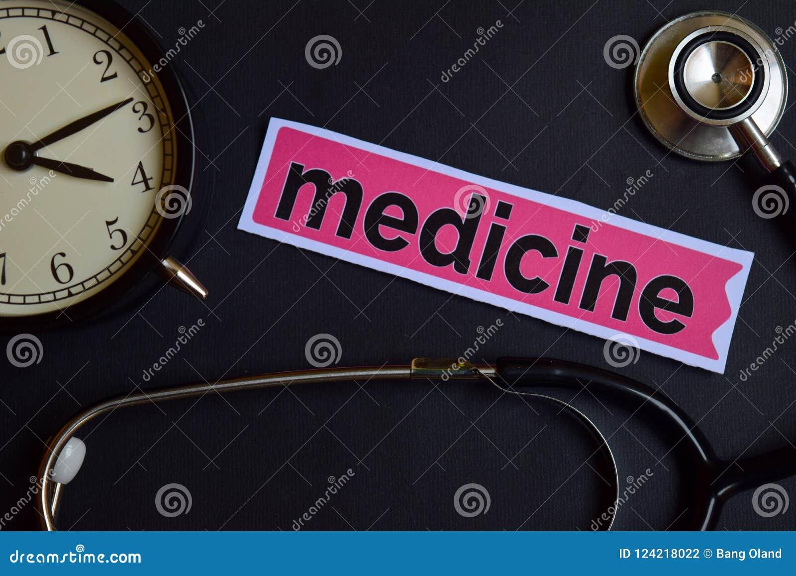 Медицина на бумаге печати с воодушевленностью концепции здравоохранения будильник, черный стетоскоп