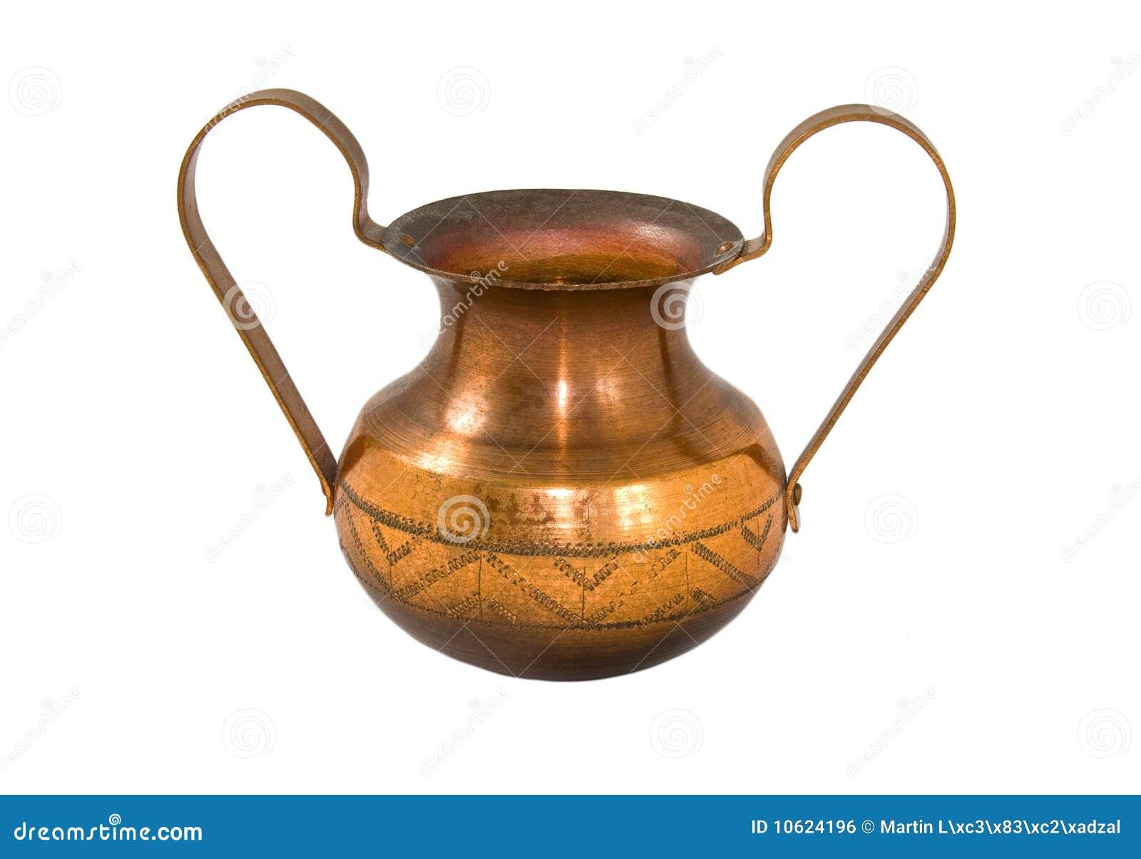медная ваза