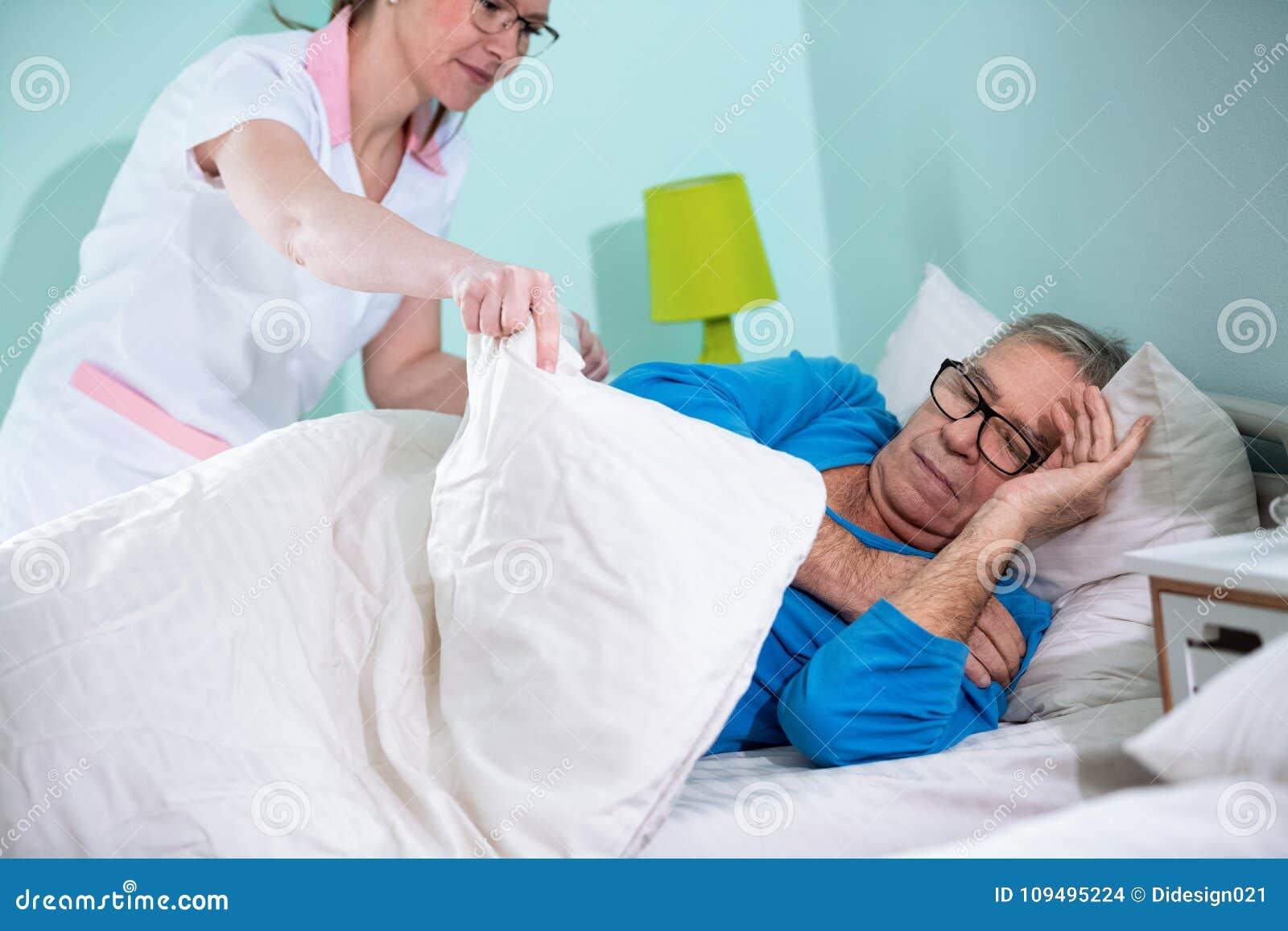 Медсестры в доме престарелых дом престарелых в г обь