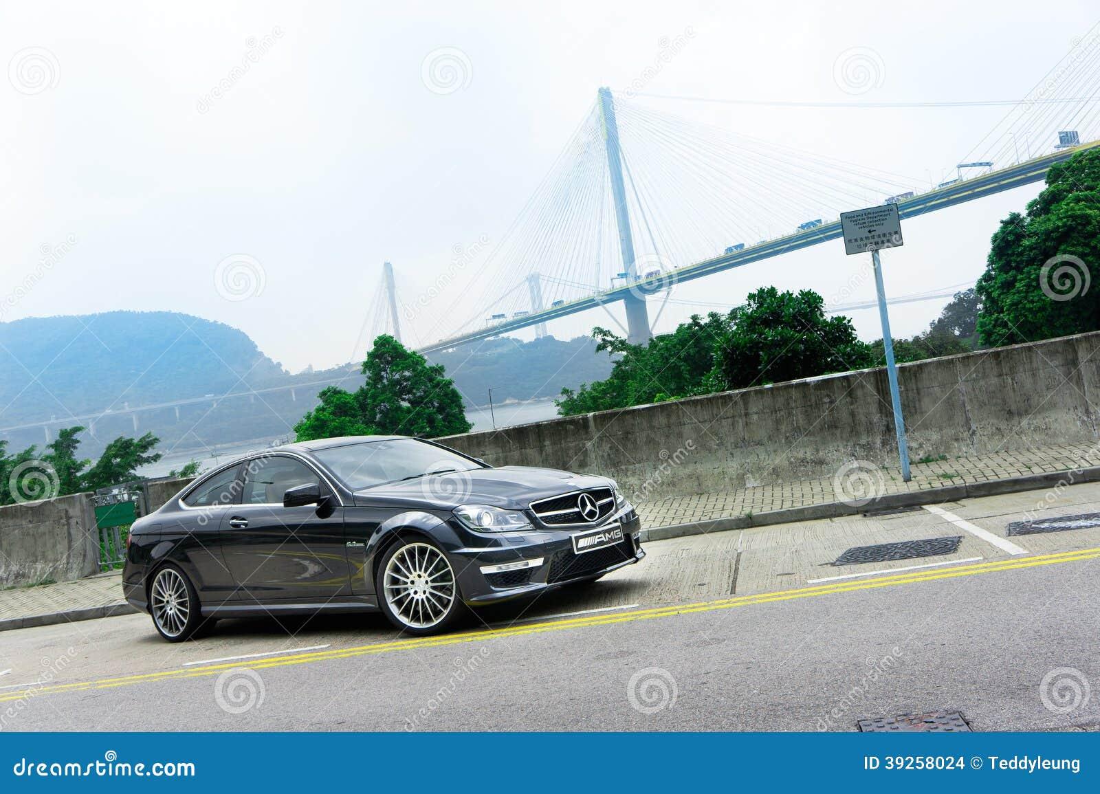 Мерседес-Benz C63 AMG