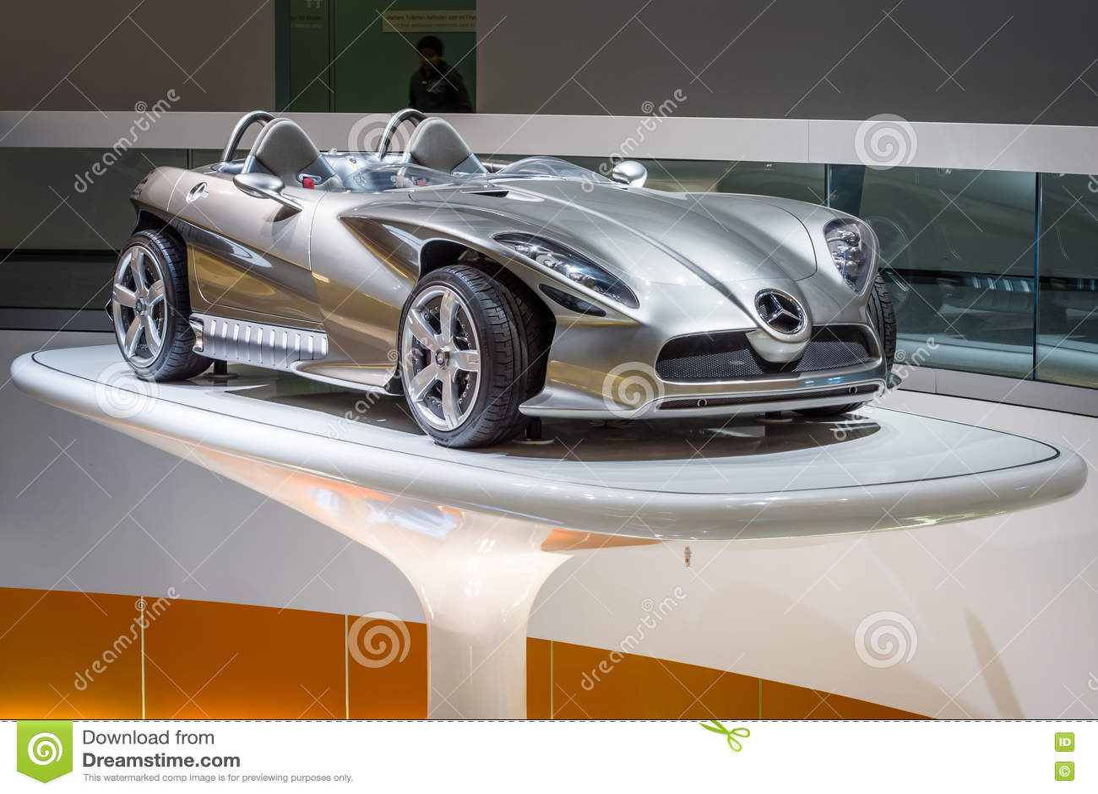 Мерседес-Benz F400 высекая, 2001 автомобиля концепции