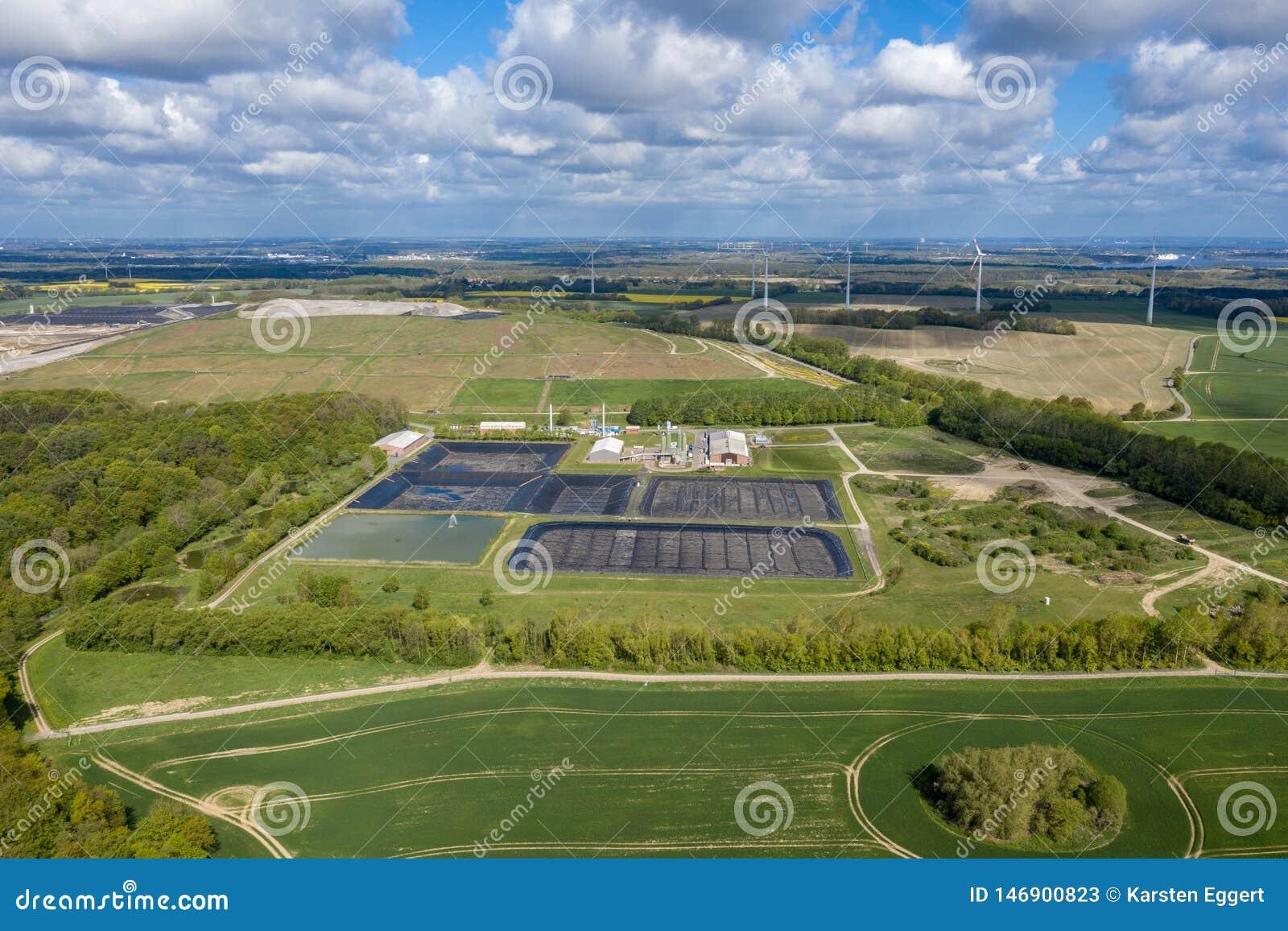 Место захоронения отходов Ihlenberg ядовитых отходов Европы самое большое на севере Германии