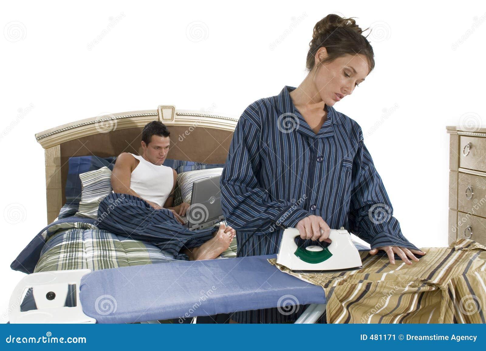 место спальни утюживя