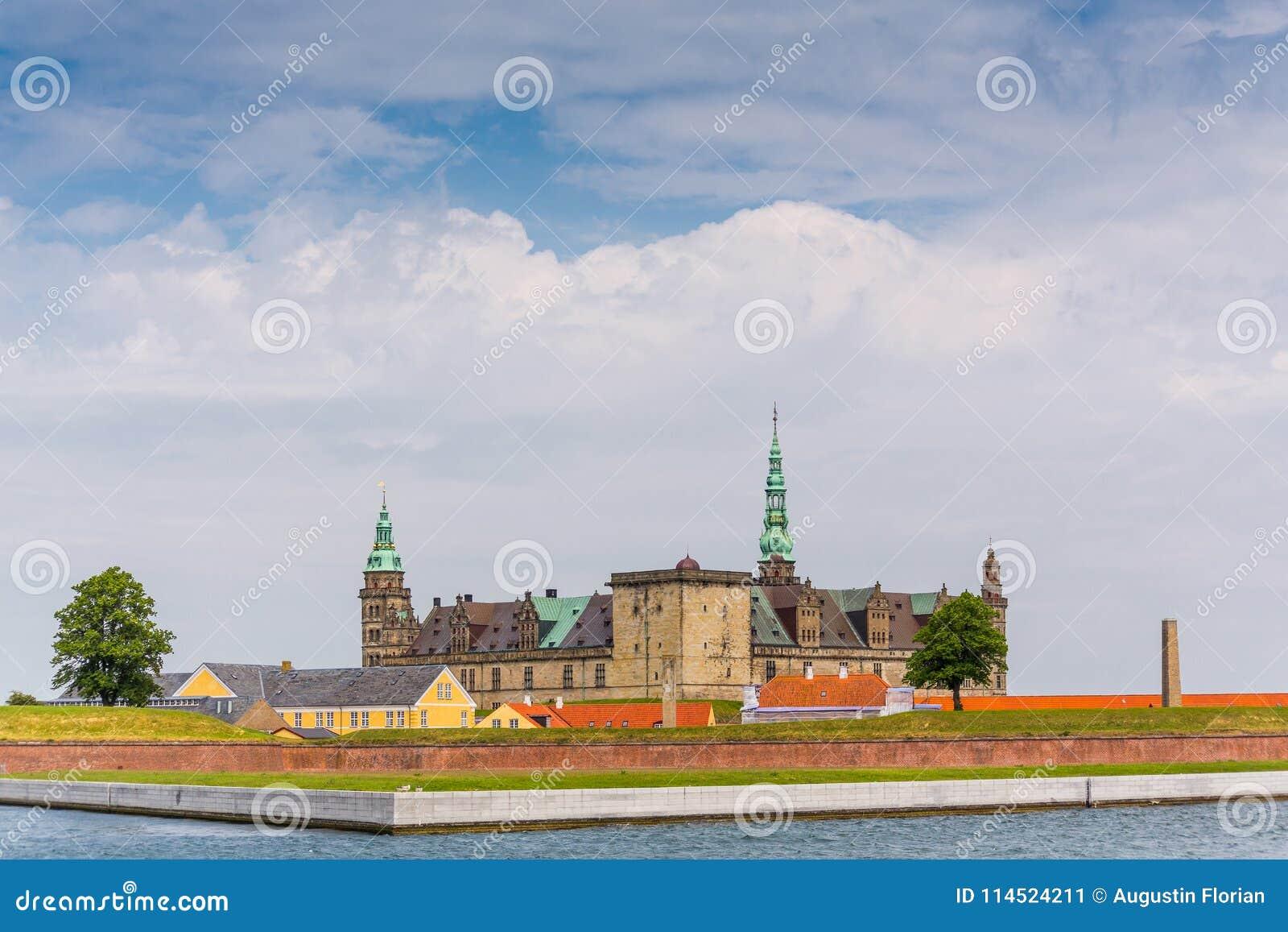 место kronborg helsingor деревушки Дании замока легендарное