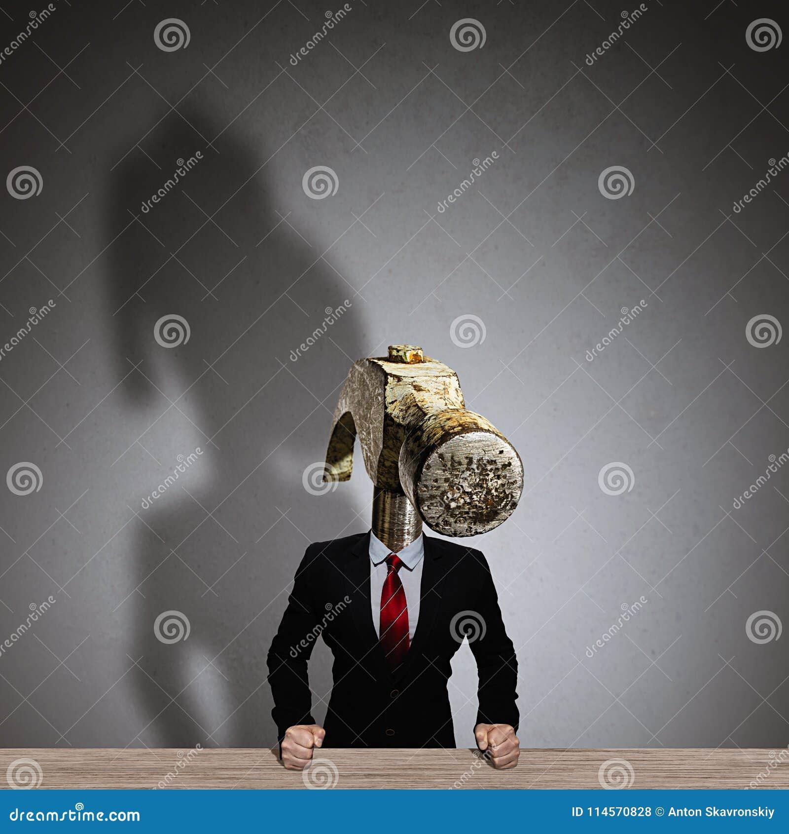 Метафора сердитого босса
