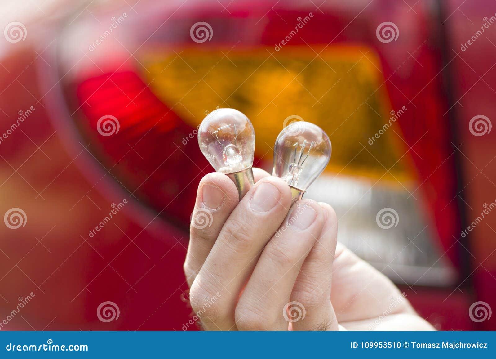 Механики вручают держать одно-нить или двойн-нить автомобильные шарики