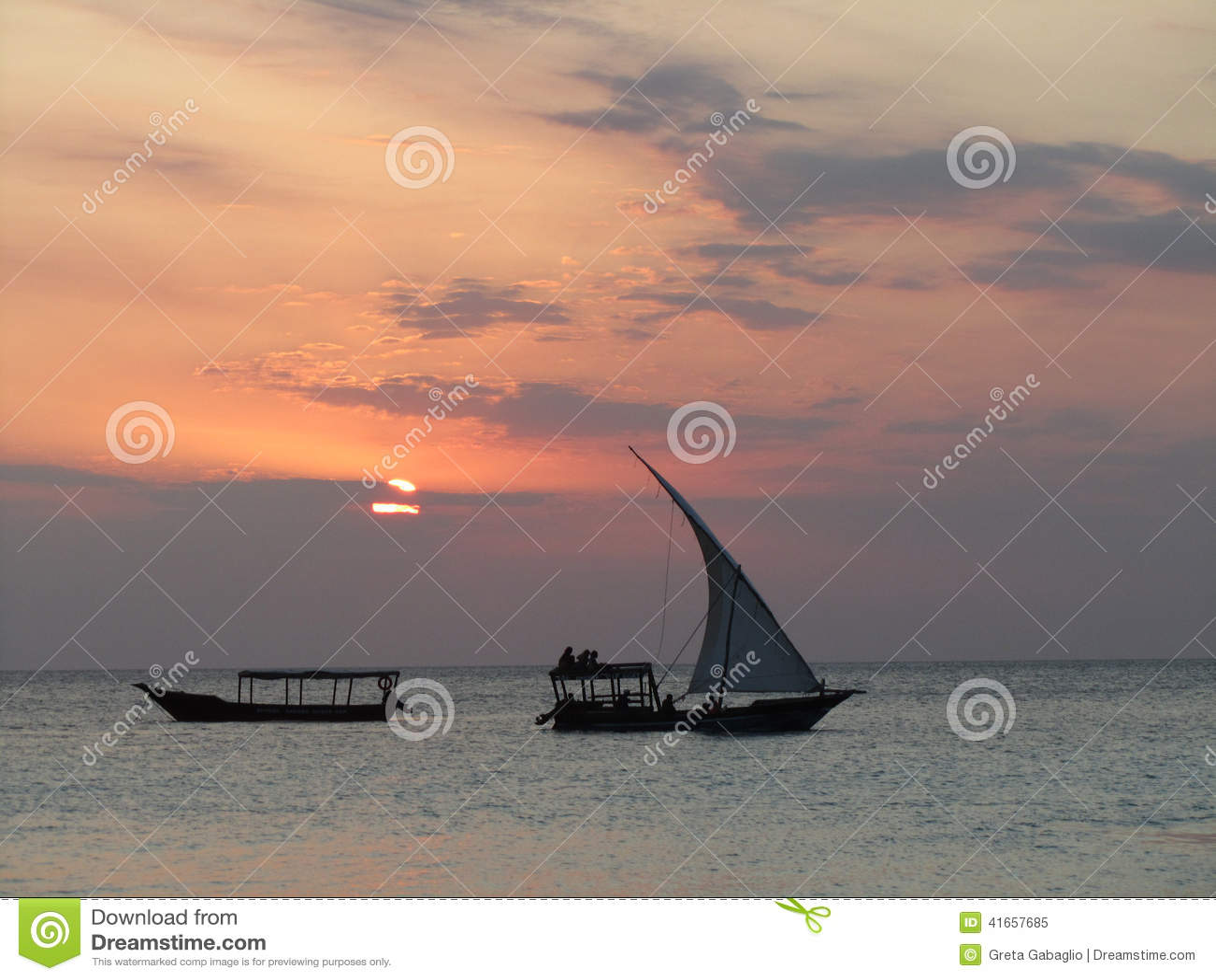 Мечтательный Занзибар на заходе солнца