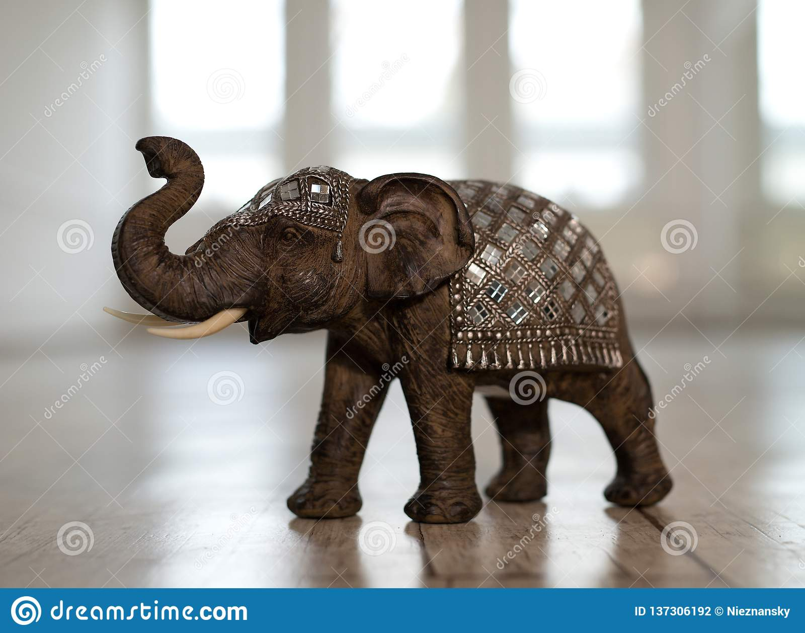 Миниатюра индийского слона