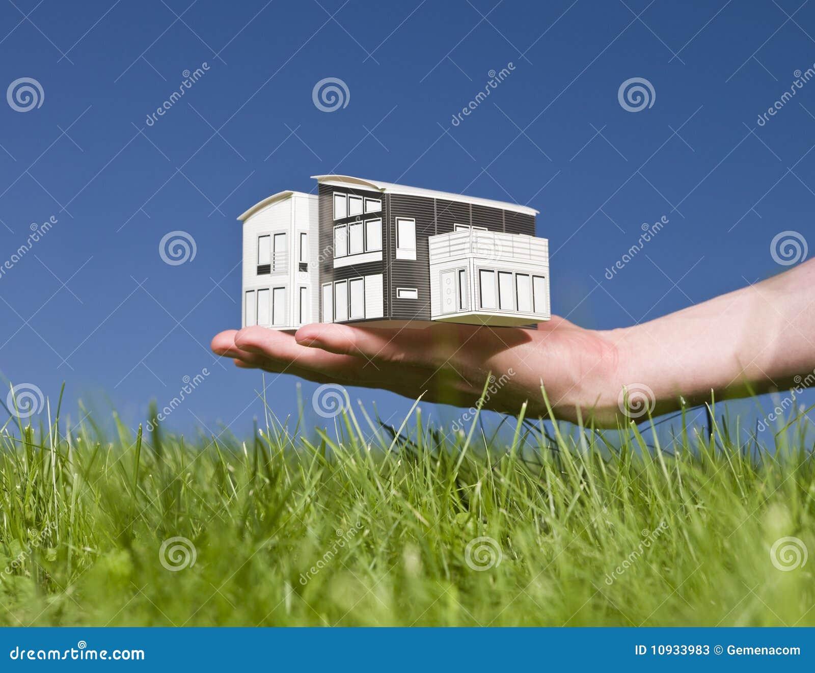 миниатюра человека дома удерживания