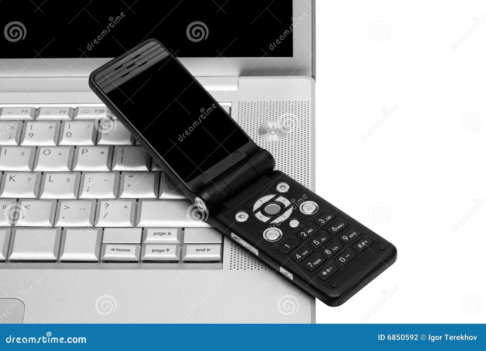мобильный телефон компьтер-книжки