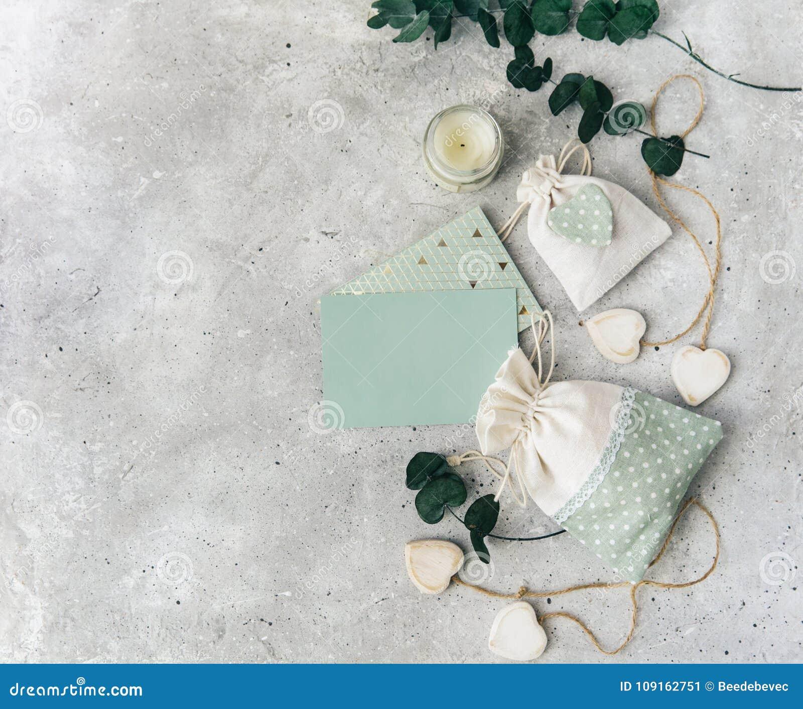 Модель-макет с пустыми заседателями карточки и свадьбы Свадьба, приглашение, неподвижный модель-макет,