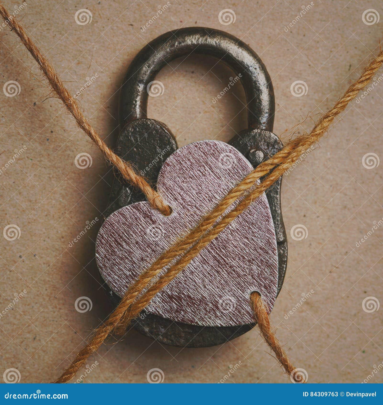 Мое сердце закрыто Символическое изображение - мое сердце занятое полюбленное одно
